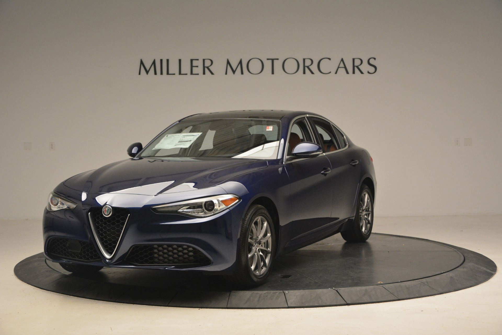 New 2018 Alfa Romeo Giulia Q4 For Sale In Greenwich, CT 2144_main