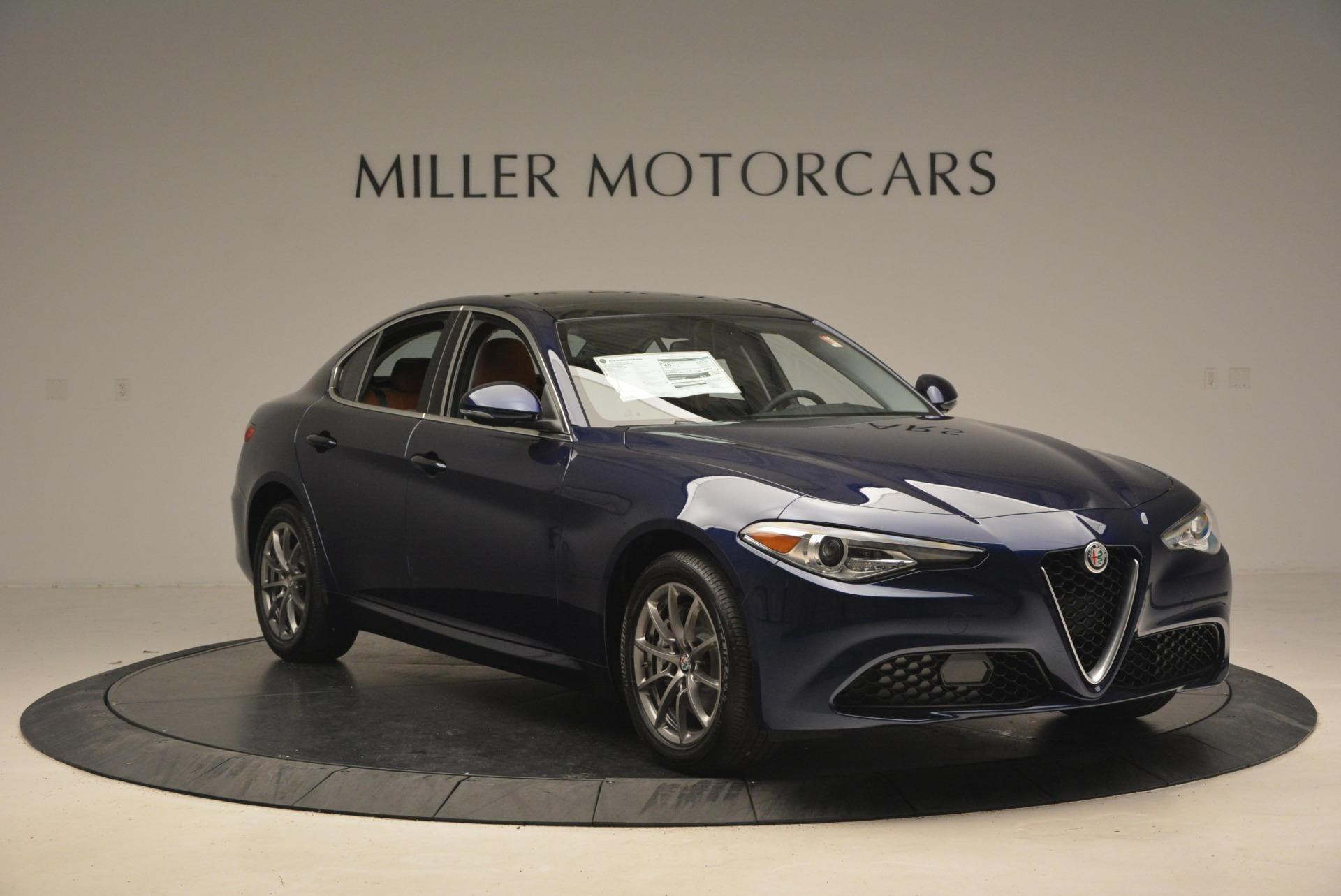 New 2018 Alfa Romeo Giulia Q4 For Sale In Greenwich, CT 2144_p11