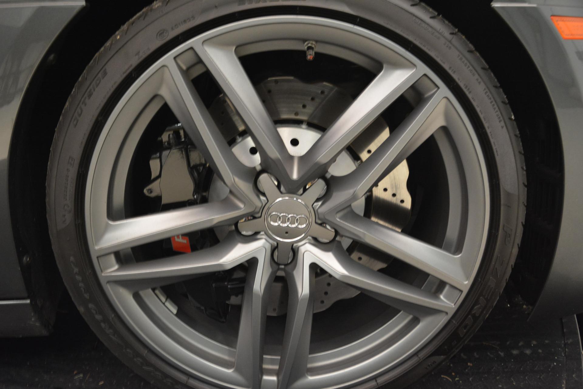 Used 2014 Audi R8 5.2 quattro For Sale In Greenwich, CT 2147_p26