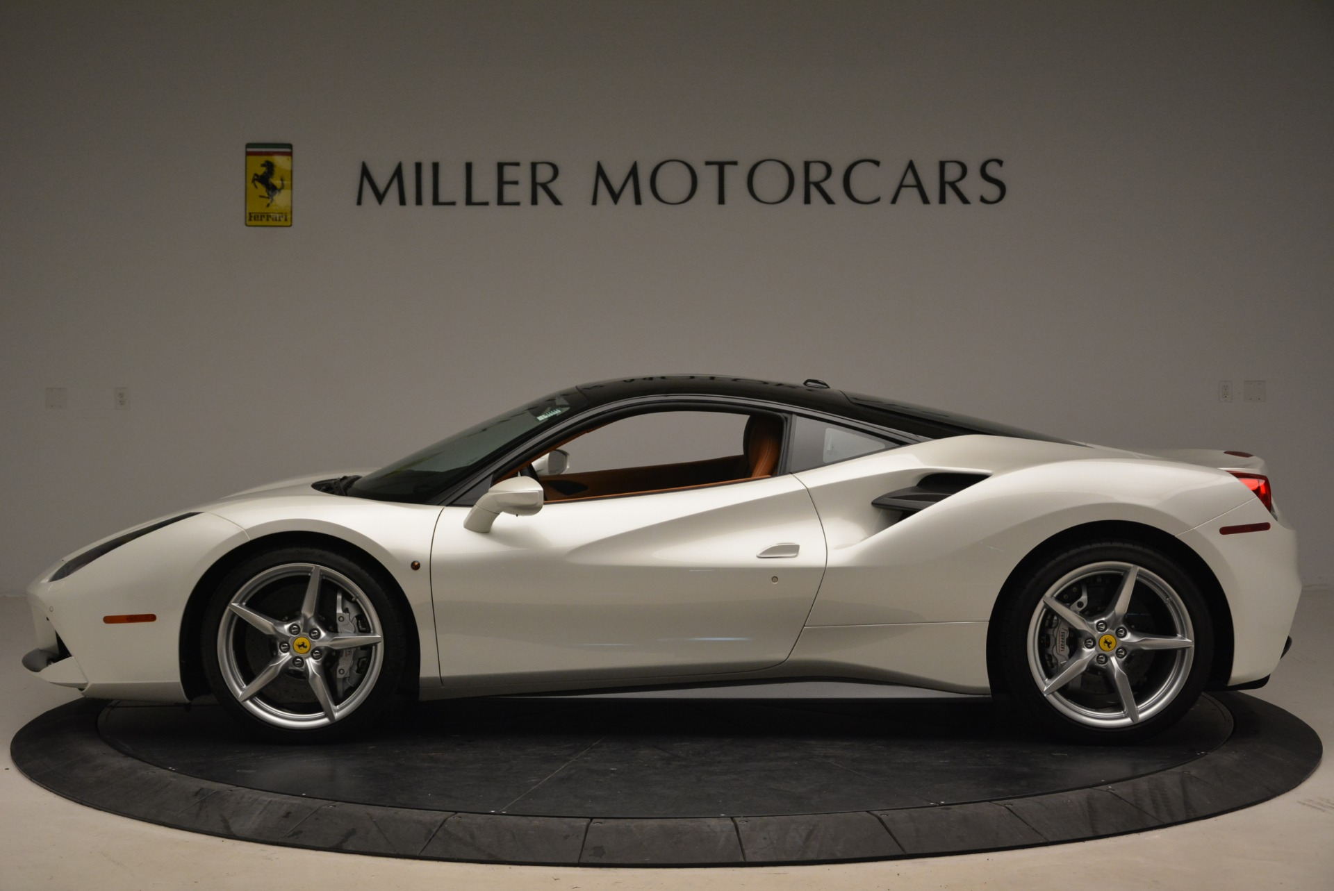 Used 2016 Ferrari 488 GTB  For Sale In Greenwich, CT 2148_p3