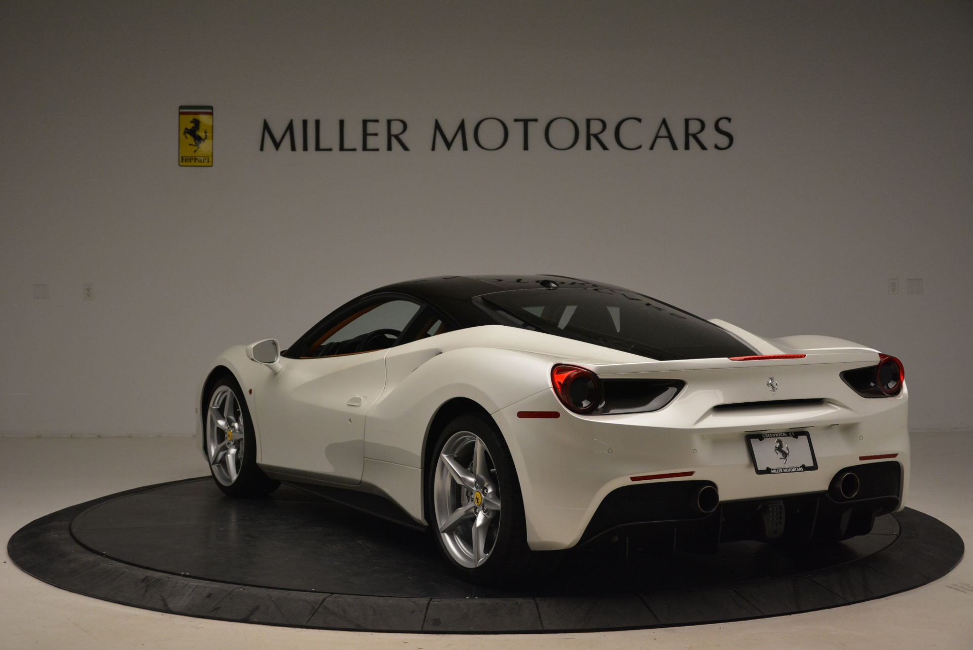 Used 2016 Ferrari 488 GTB  For Sale In Greenwich, CT 2148_p5