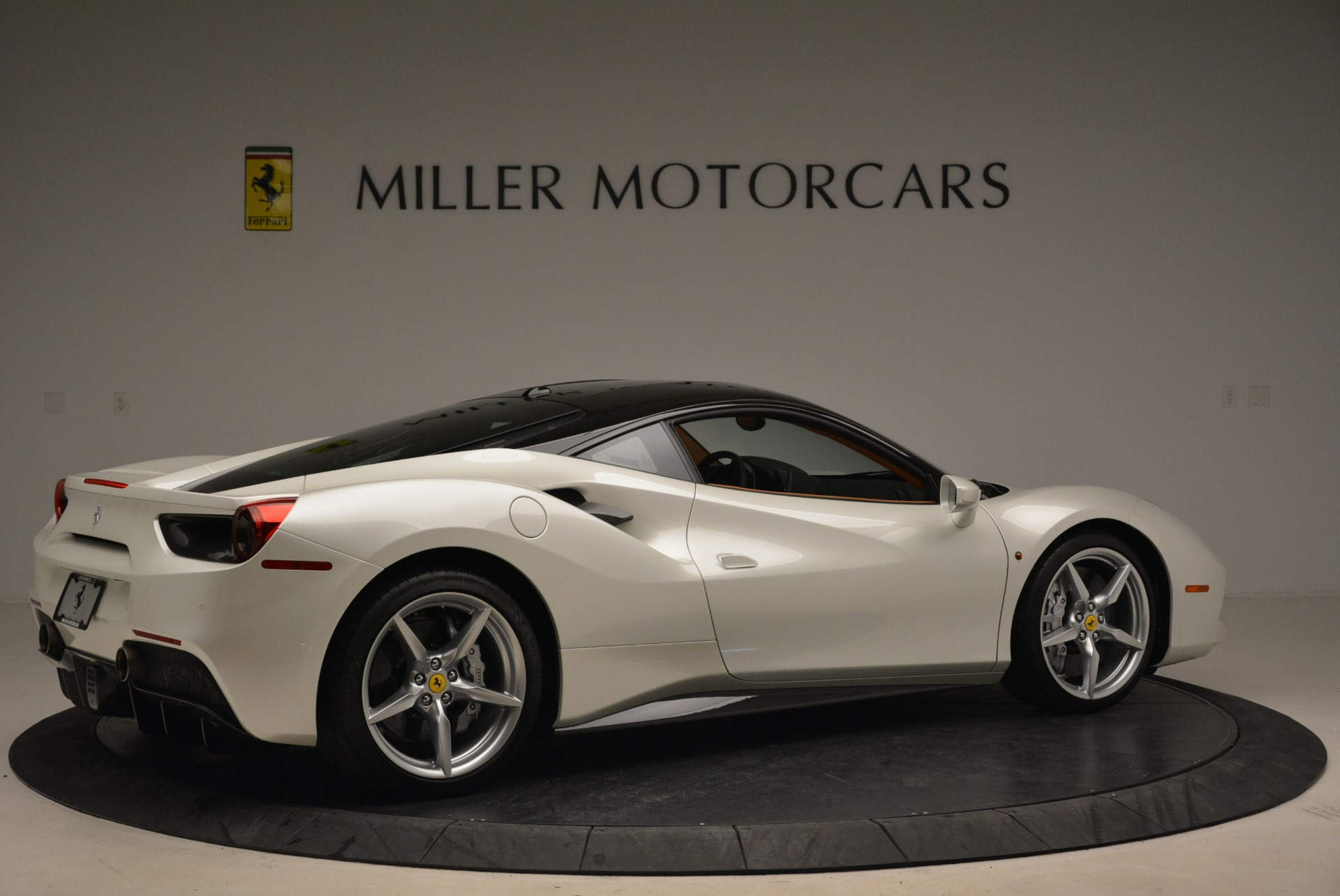 Used 2016 Ferrari 488 GTB  For Sale In Greenwich, CT 2148_p8