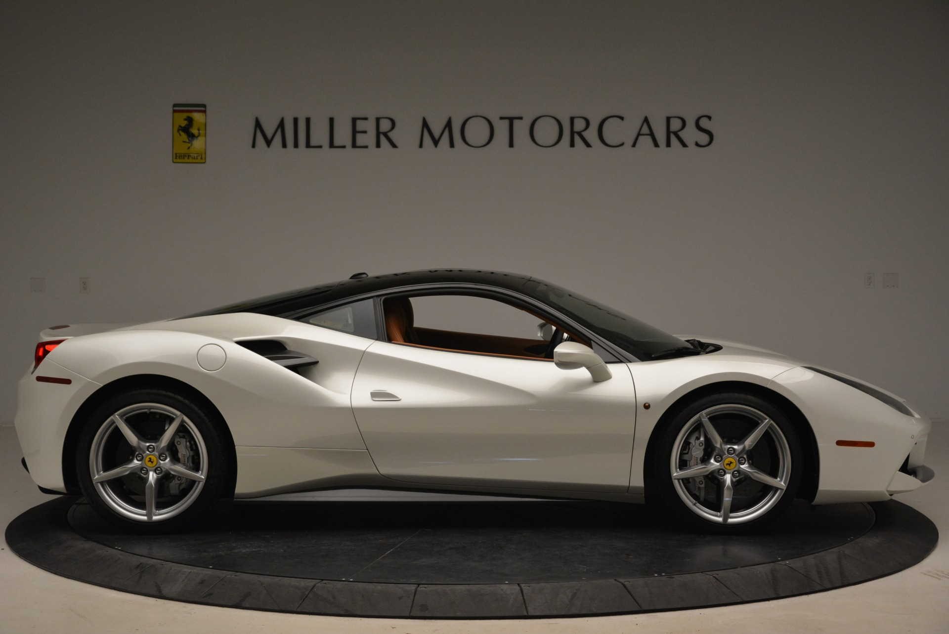 Used 2016 Ferrari 488 GTB  For Sale In Greenwich, CT 2148_p9