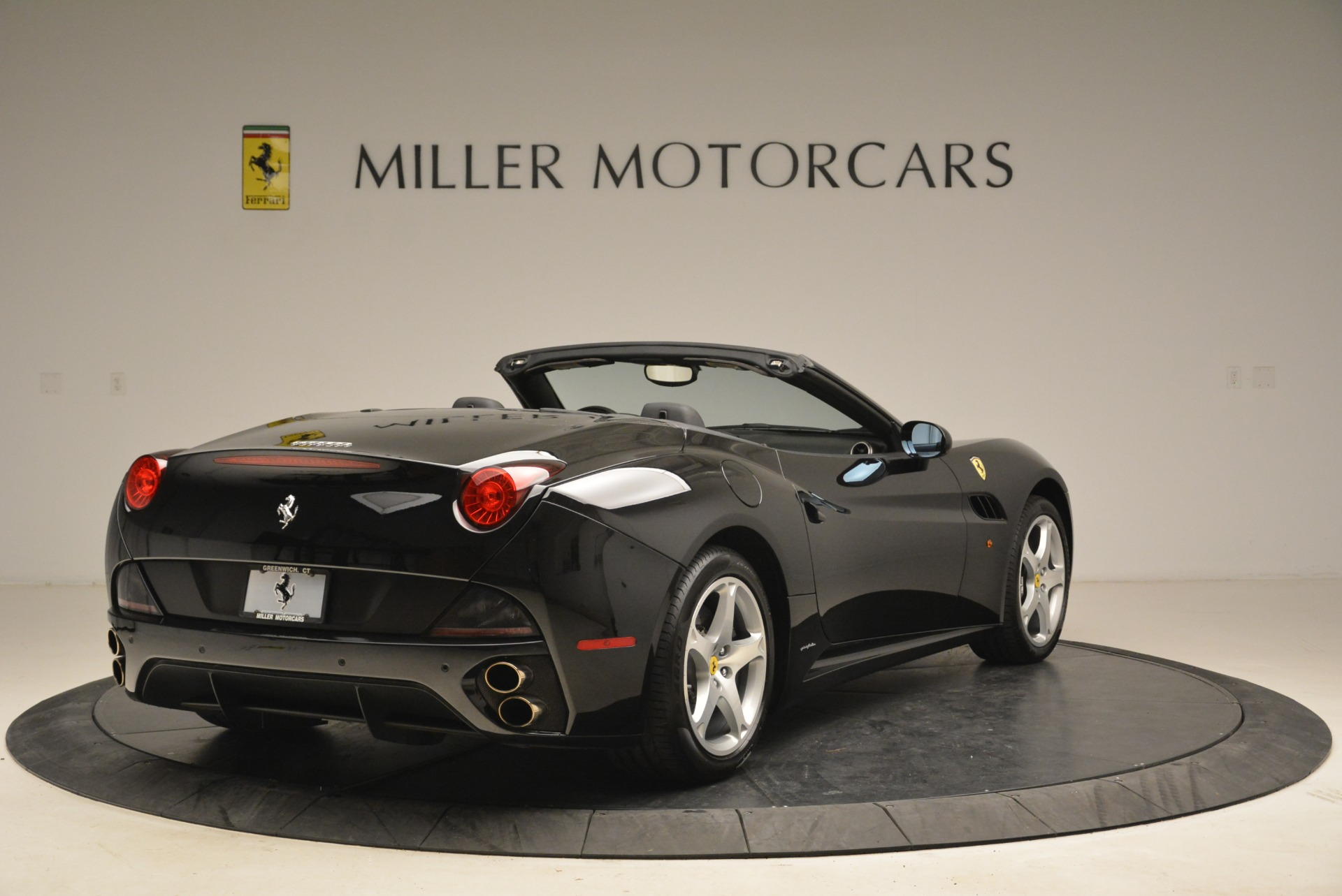 Used 2009 Ferrari California  For Sale In Greenwich, CT 2149_p7