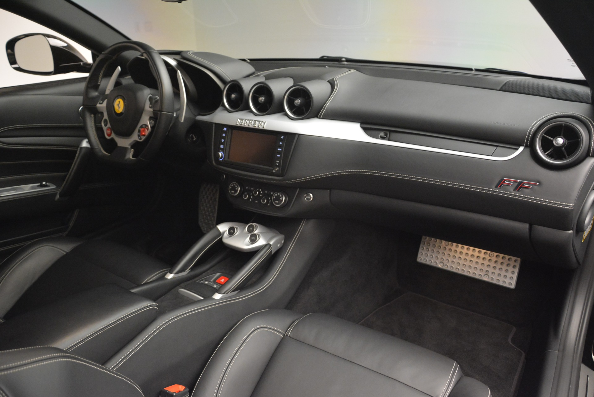 Used 2014 Ferrari FF  For Sale In Greenwich, CT 2152_p18