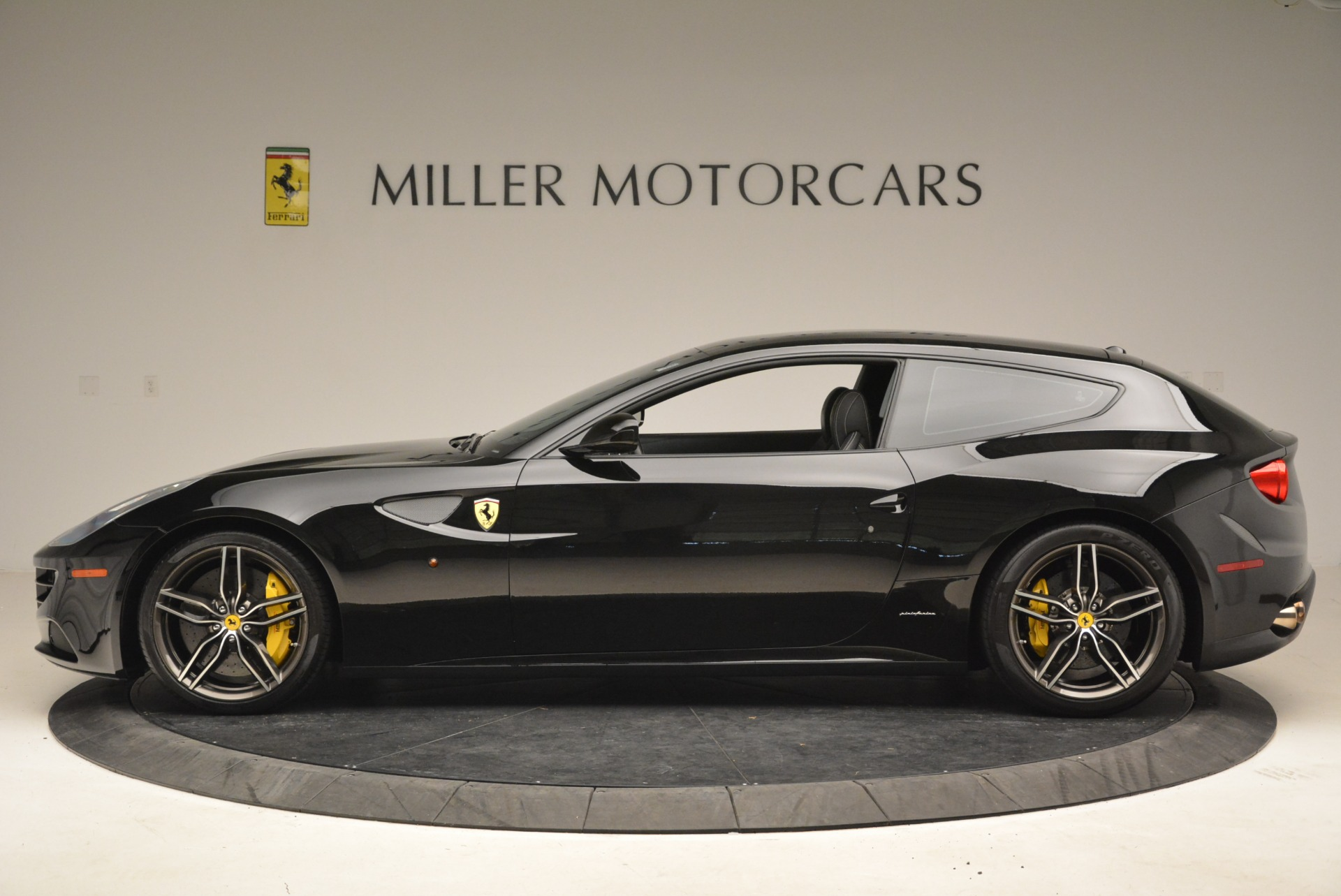 Used 2014 Ferrari FF  For Sale In Greenwich, CT 2152_p3