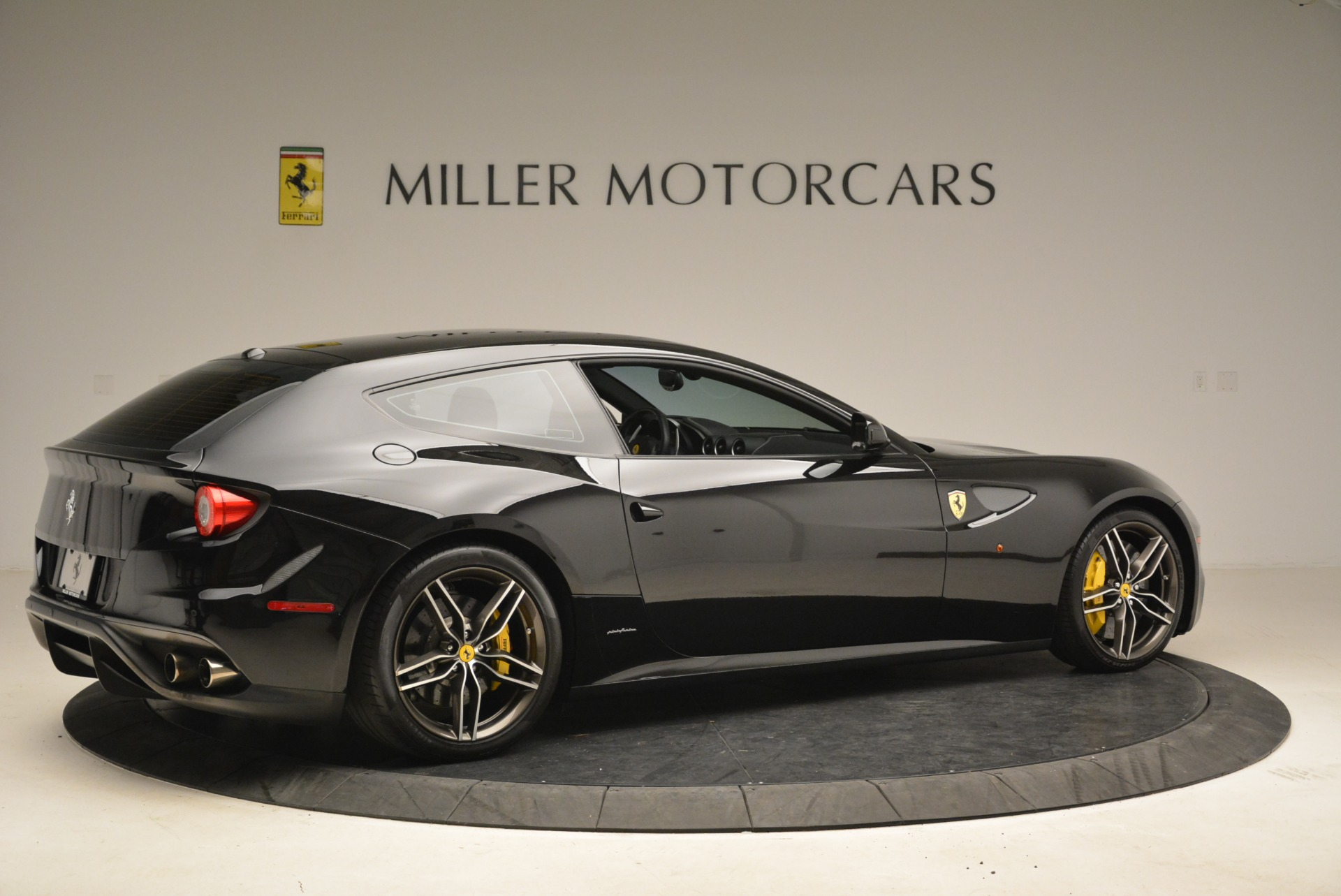 Used 2014 Ferrari FF  For Sale In Greenwich, CT 2152_p8