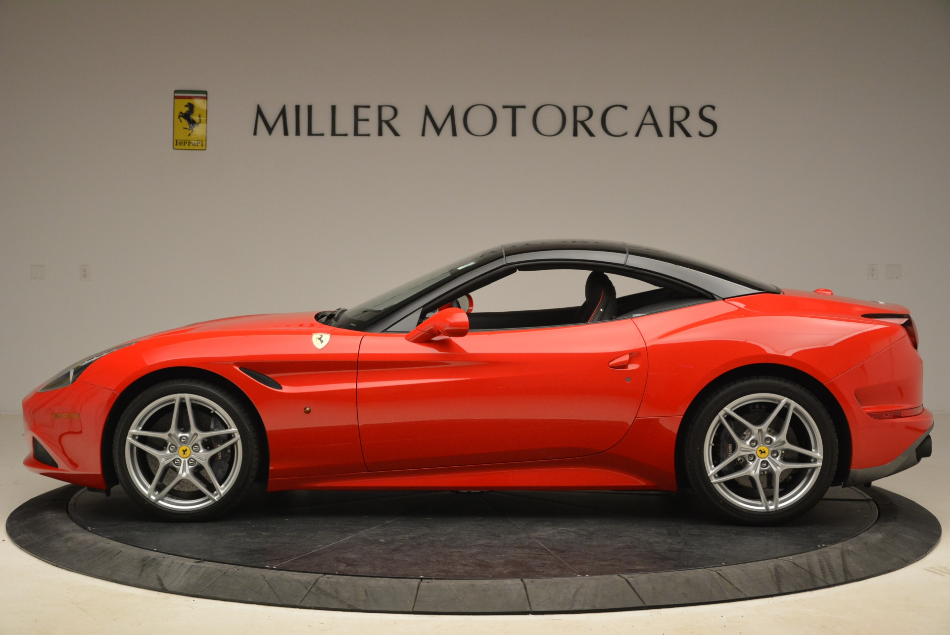 Used 2016 Ferrari California T Handling Speciale For Sale In Greenwich, CT 2153_p15