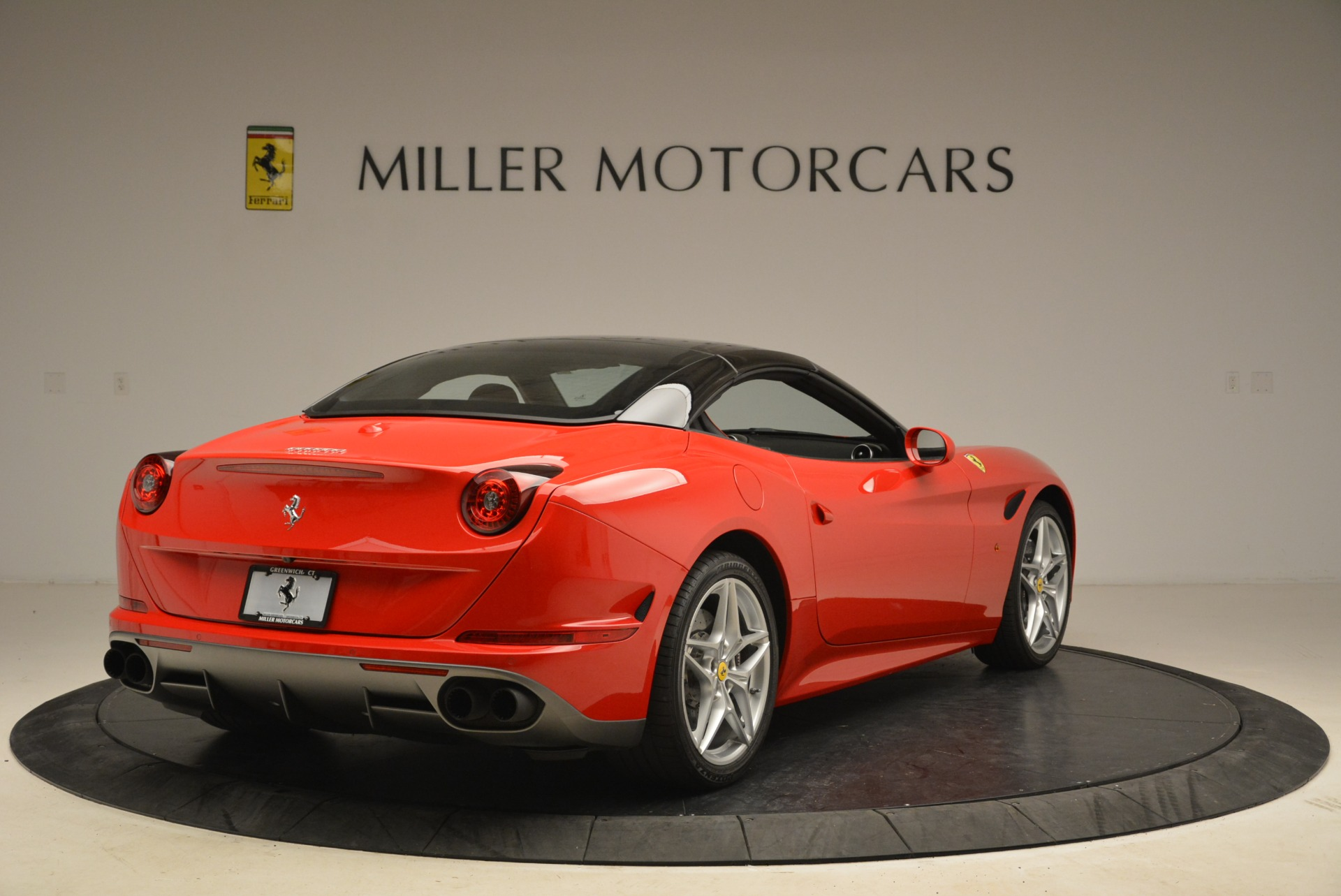 Used 2016 Ferrari California T Handling Speciale For Sale In Greenwich, CT 2153_p19