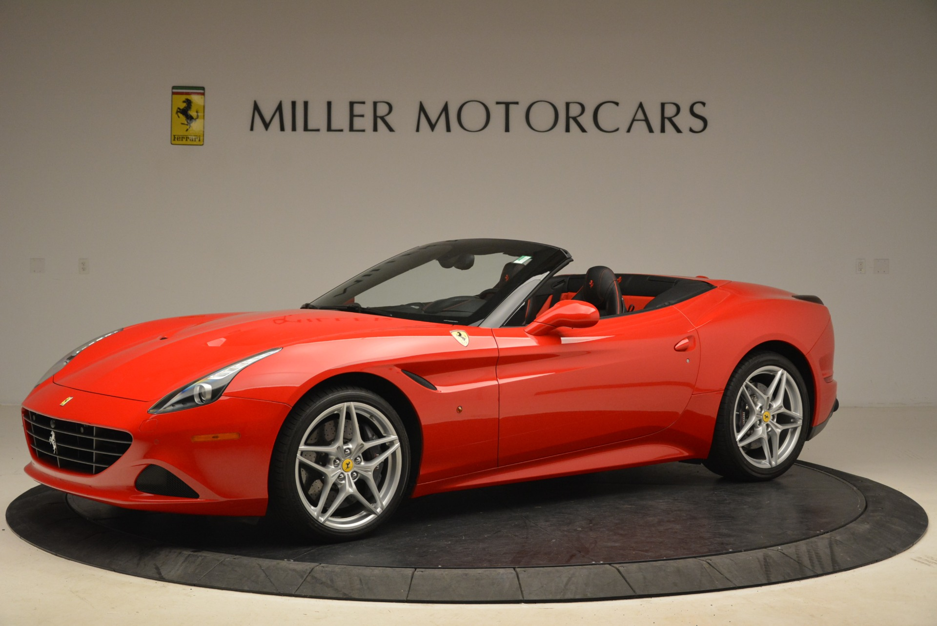Used 2016 Ferrari California T Handling Speciale For Sale In Greenwich, CT 2153_p2