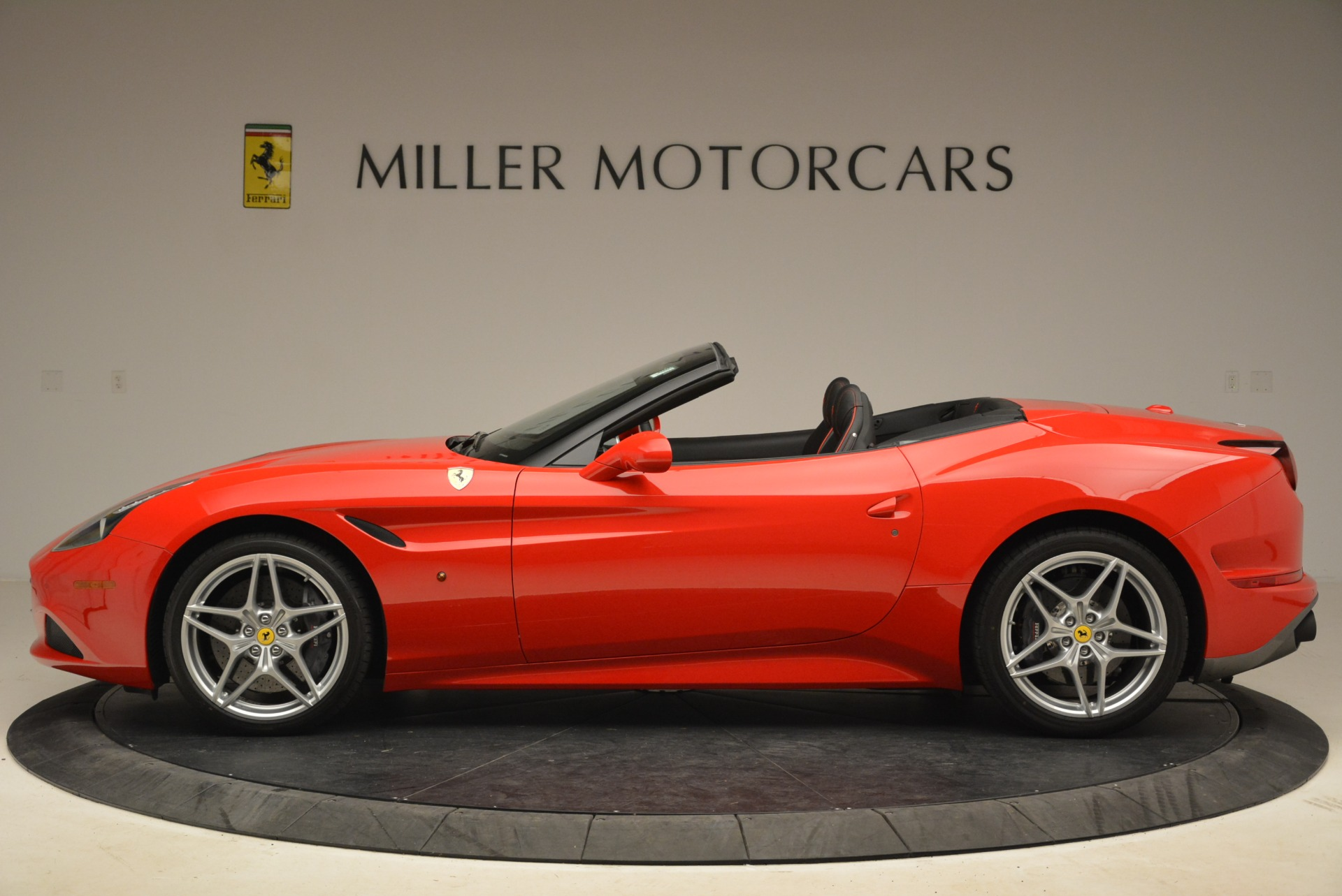 Used 2016 Ferrari California T Handling Speciale For Sale In Greenwich, CT 2153_p3
