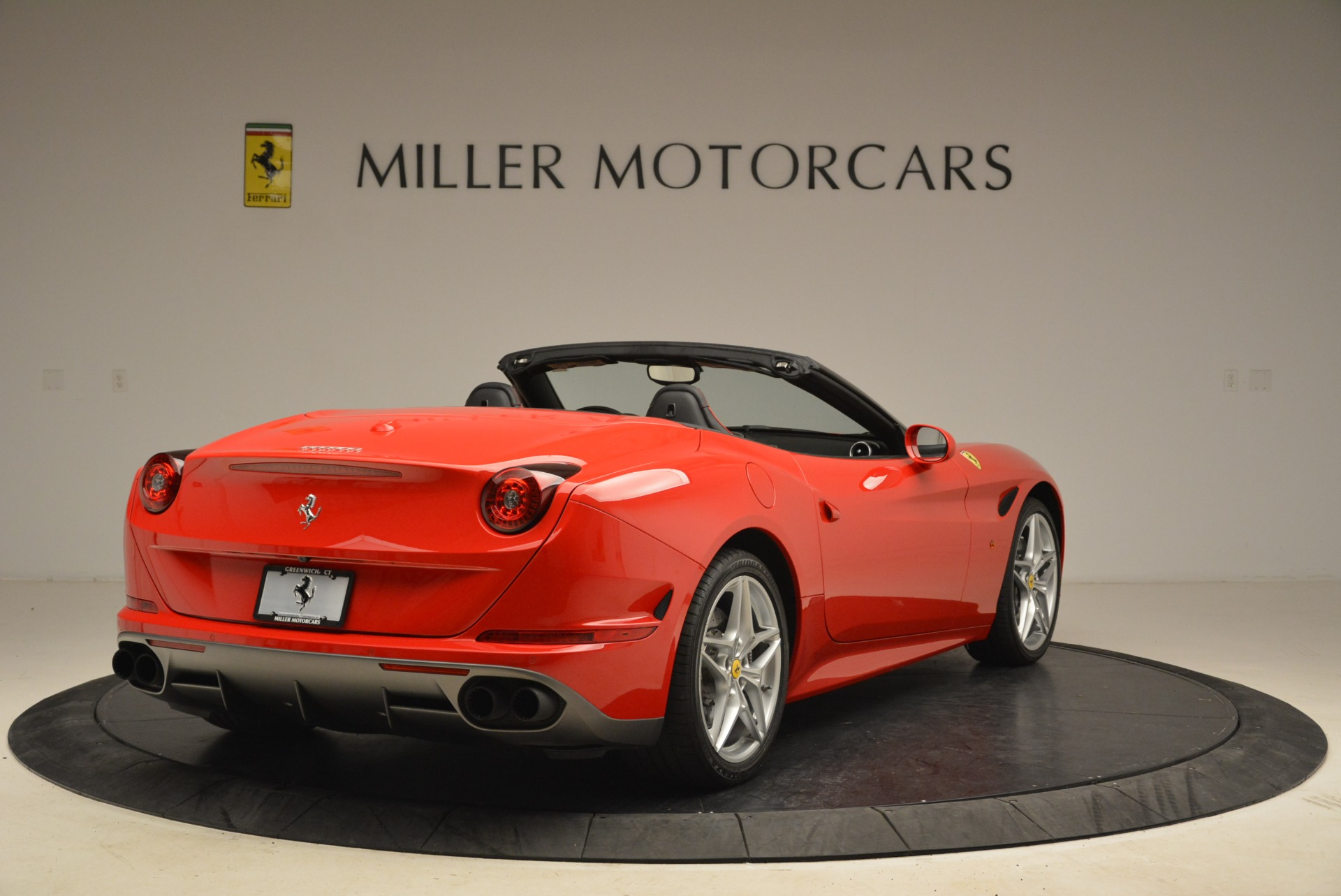 Used 2016 Ferrari California T Handling Speciale For Sale In Greenwich, CT 2153_p7