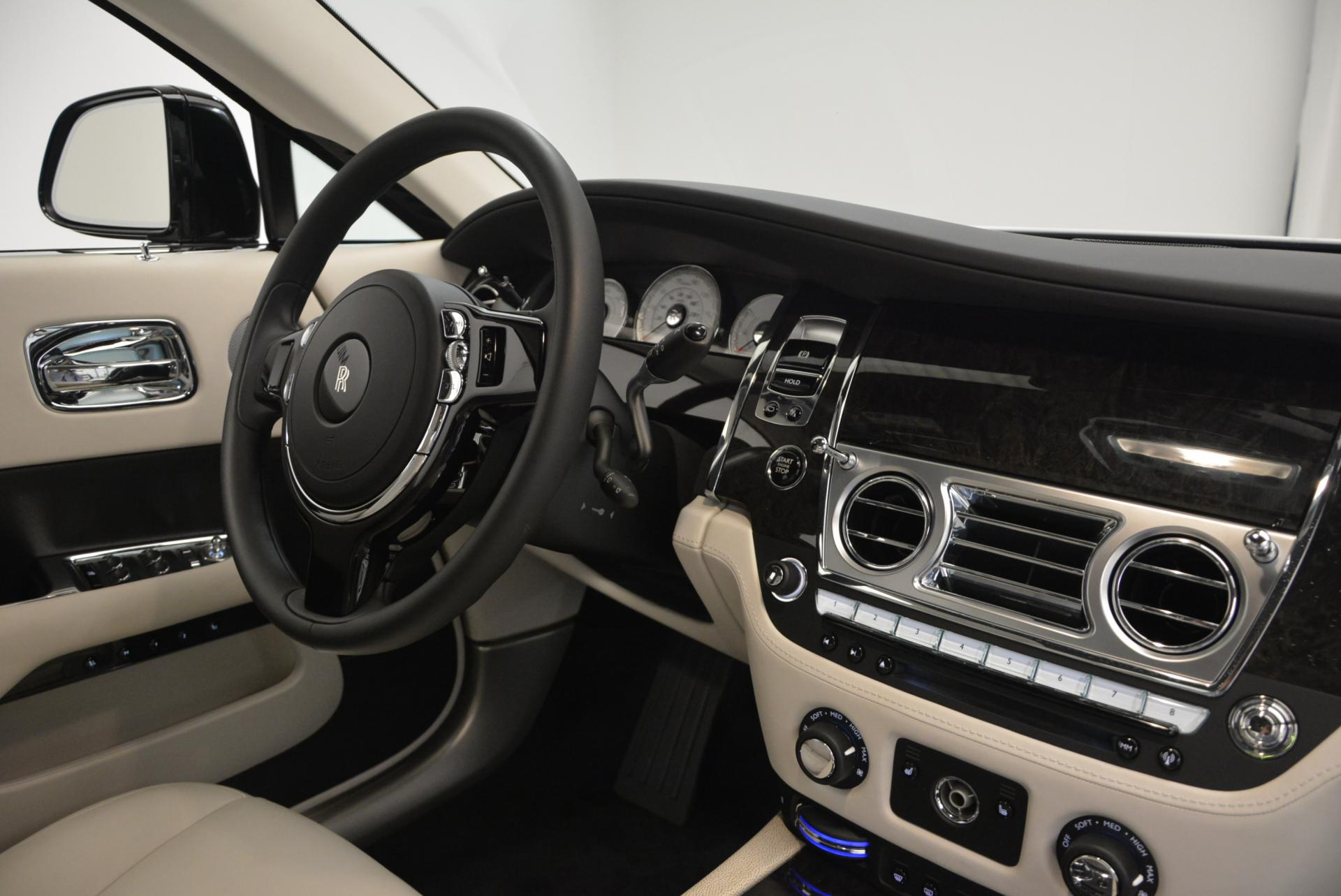 New 2016 Rolls-Royce Wraith  For Sale In Greenwich, CT 216_p17