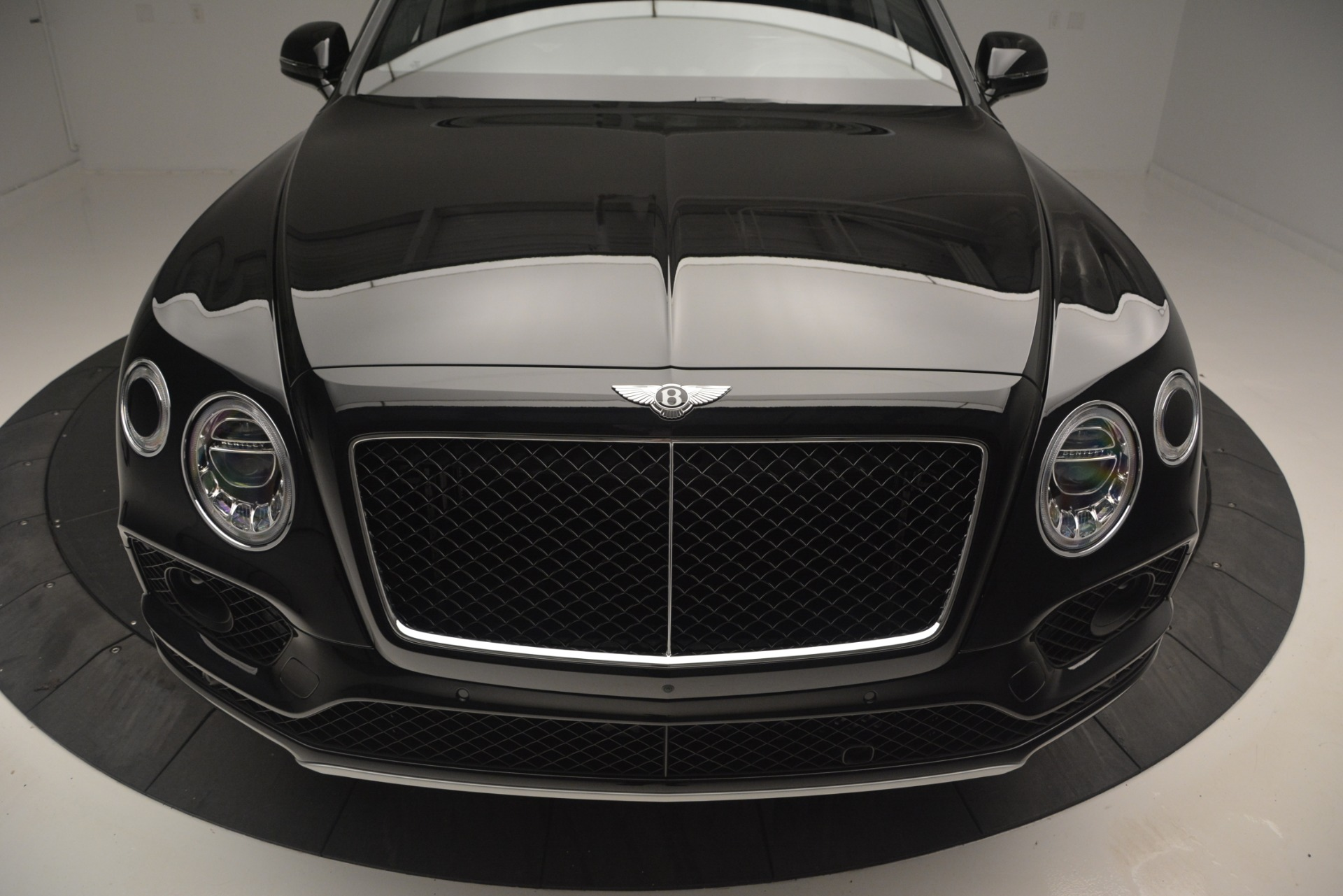New 2019 Bentley Bentayga V8 For Sale In Greenwich, CT 2160_p13