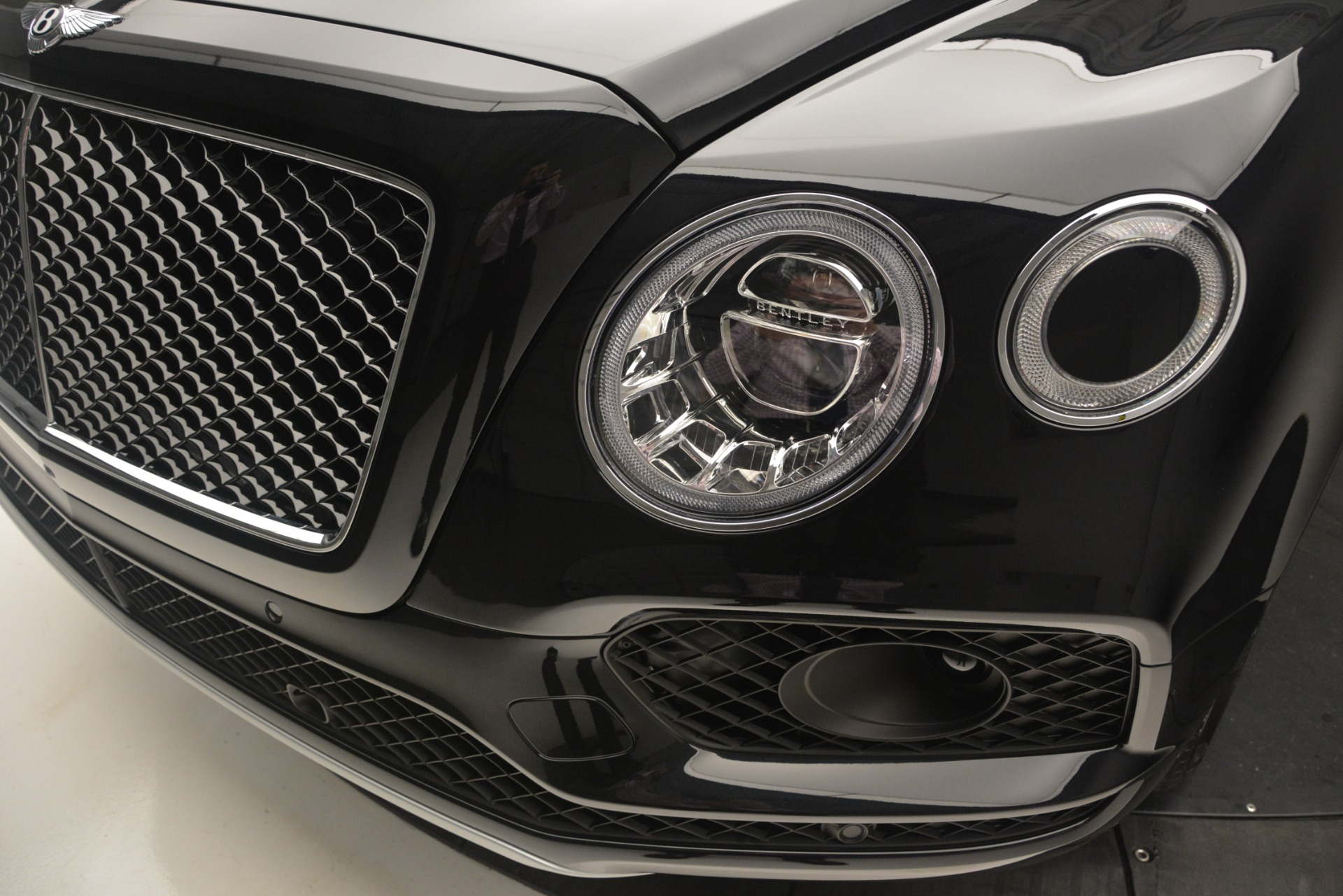 New 2019 Bentley Bentayga V8 For Sale In Greenwich, CT 2160_p14