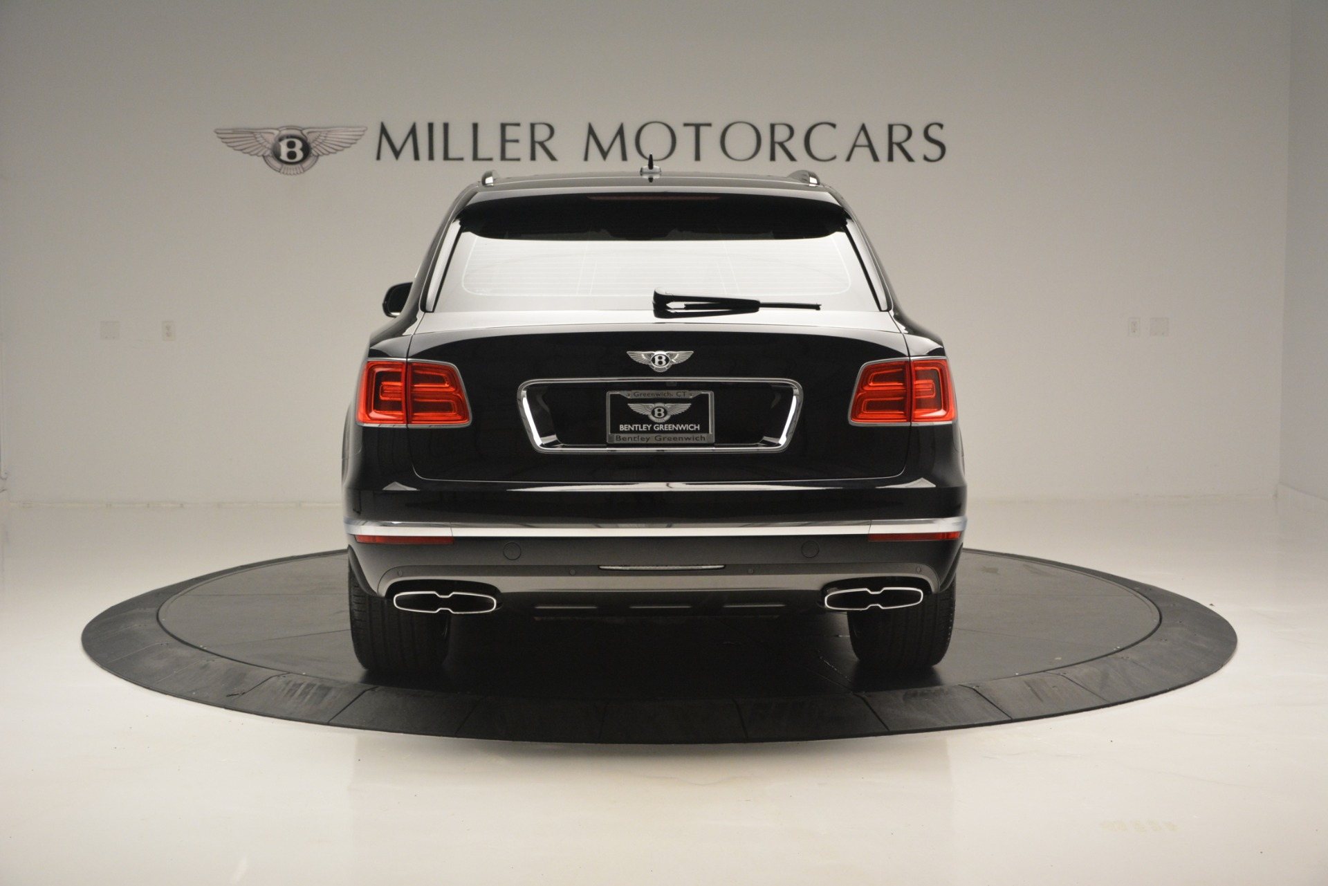 New 2019 Bentley Bentayga V8 For Sale In Greenwich, CT 2160_p6