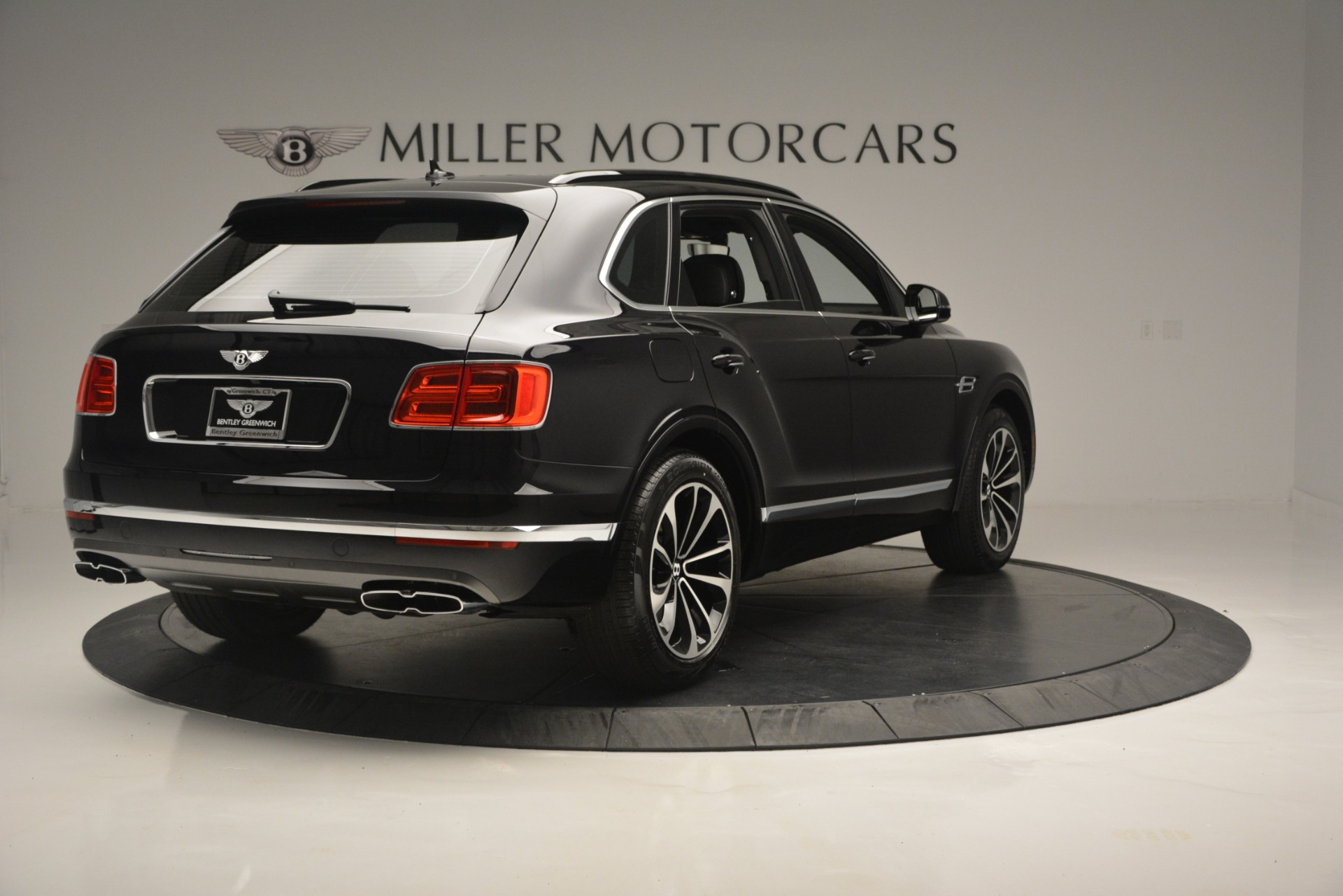New 2019 Bentley Bentayga V8 For Sale In Greenwich, CT 2160_p7