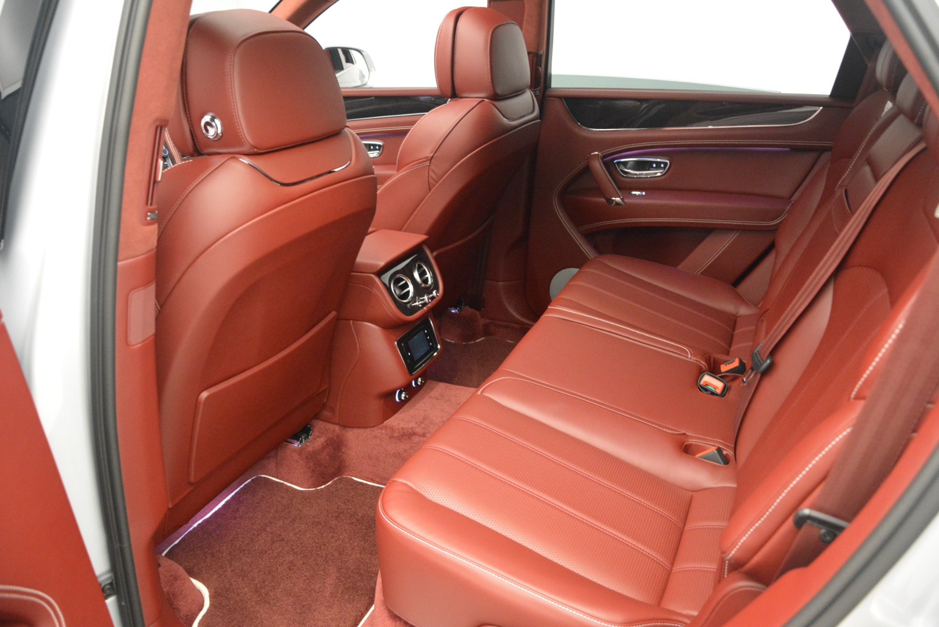 New 2019 Bentley Bentayga V8 For Sale In Greenwich, CT 2161_p26
