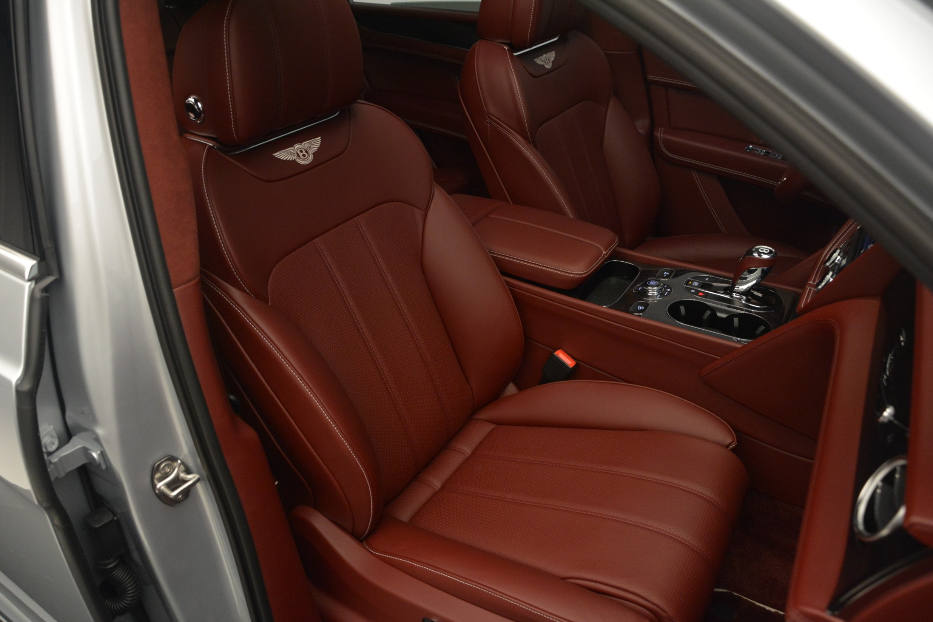 New 2019 Bentley Bentayga V8 For Sale In Greenwich, CT 2161_p27