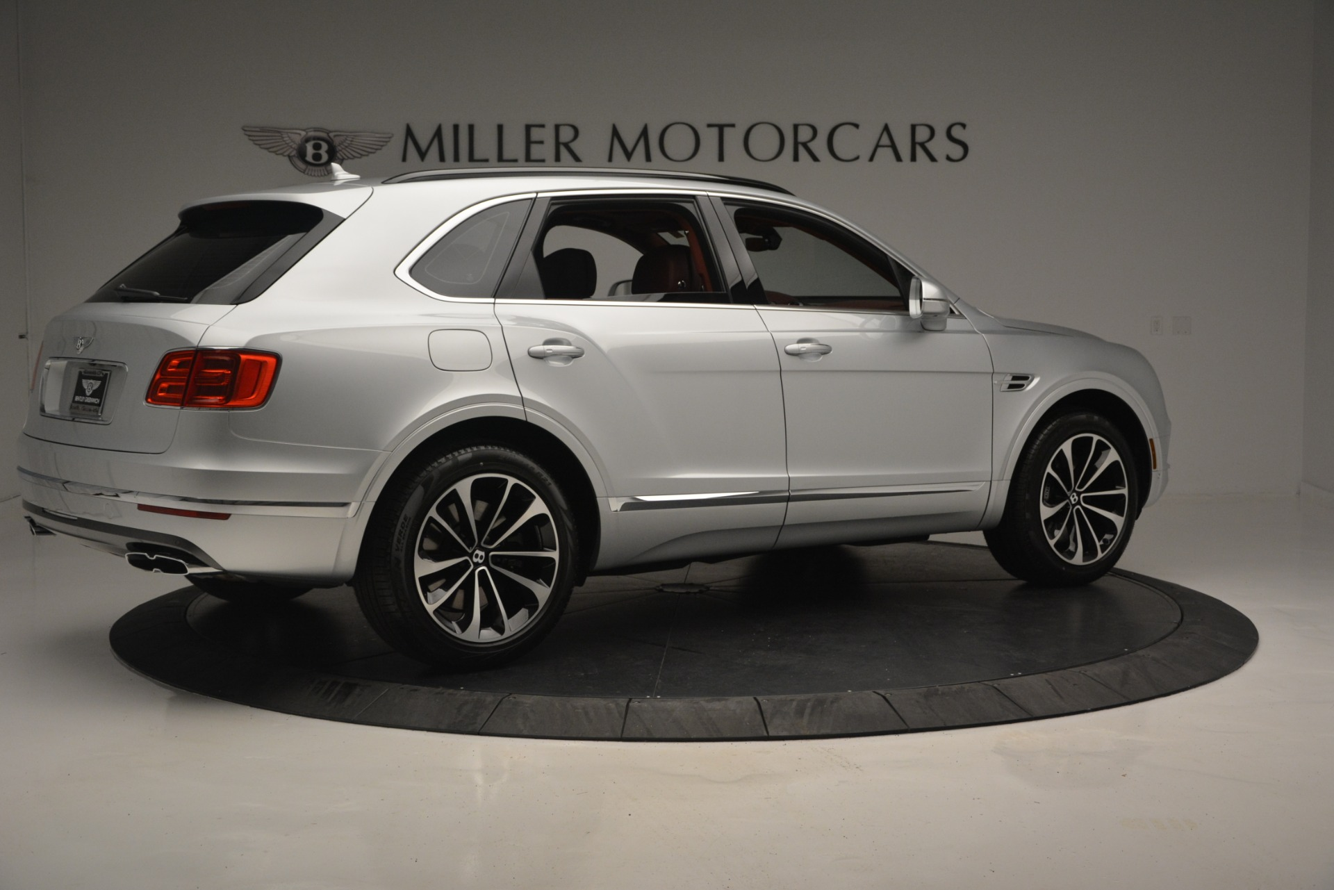 New 2019 Bentley Bentayga V8 For Sale In Greenwich, CT 2161_p8