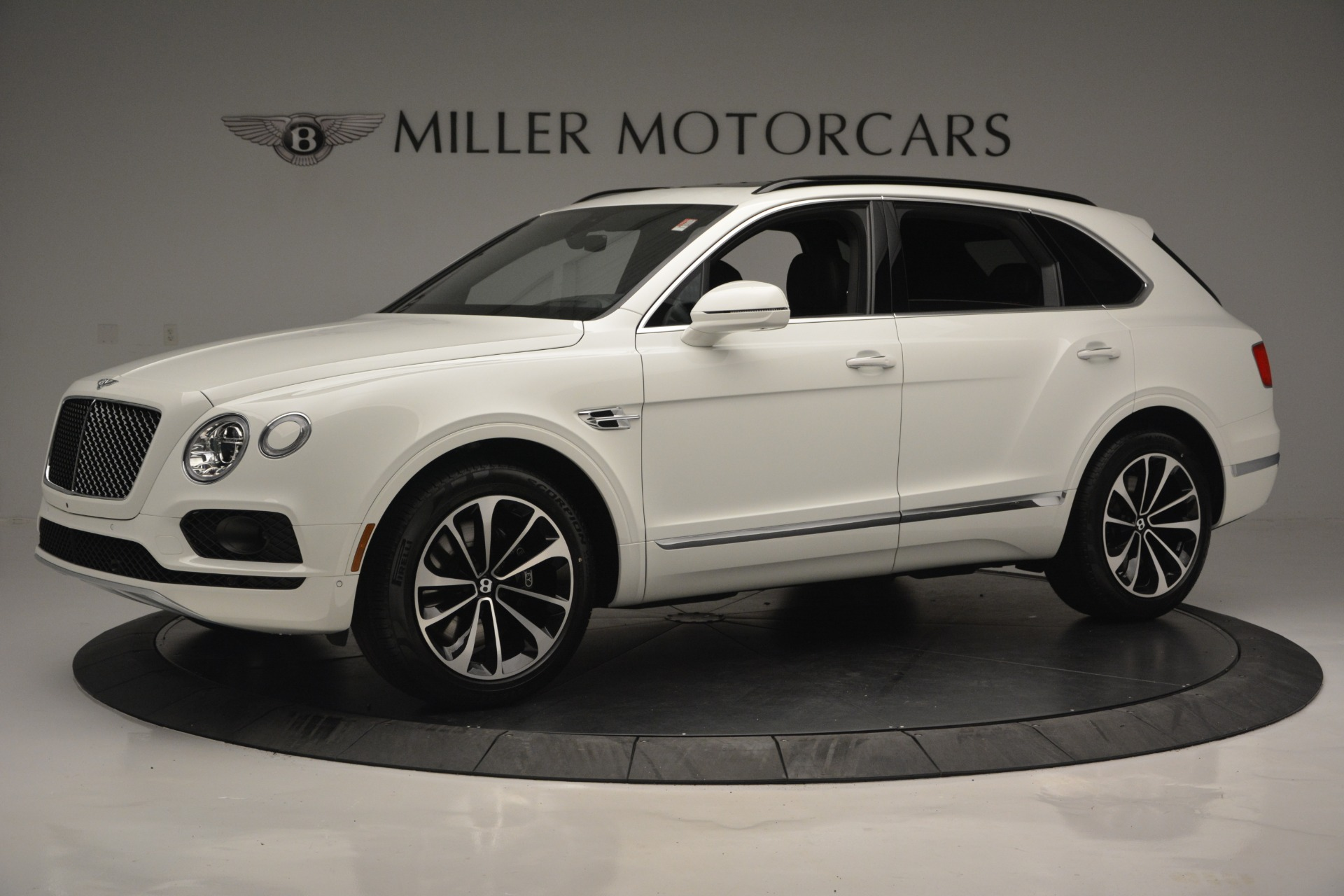 Used 2019 Bentley Bentayga V8 For Sale In Greenwich, CT 2162_main