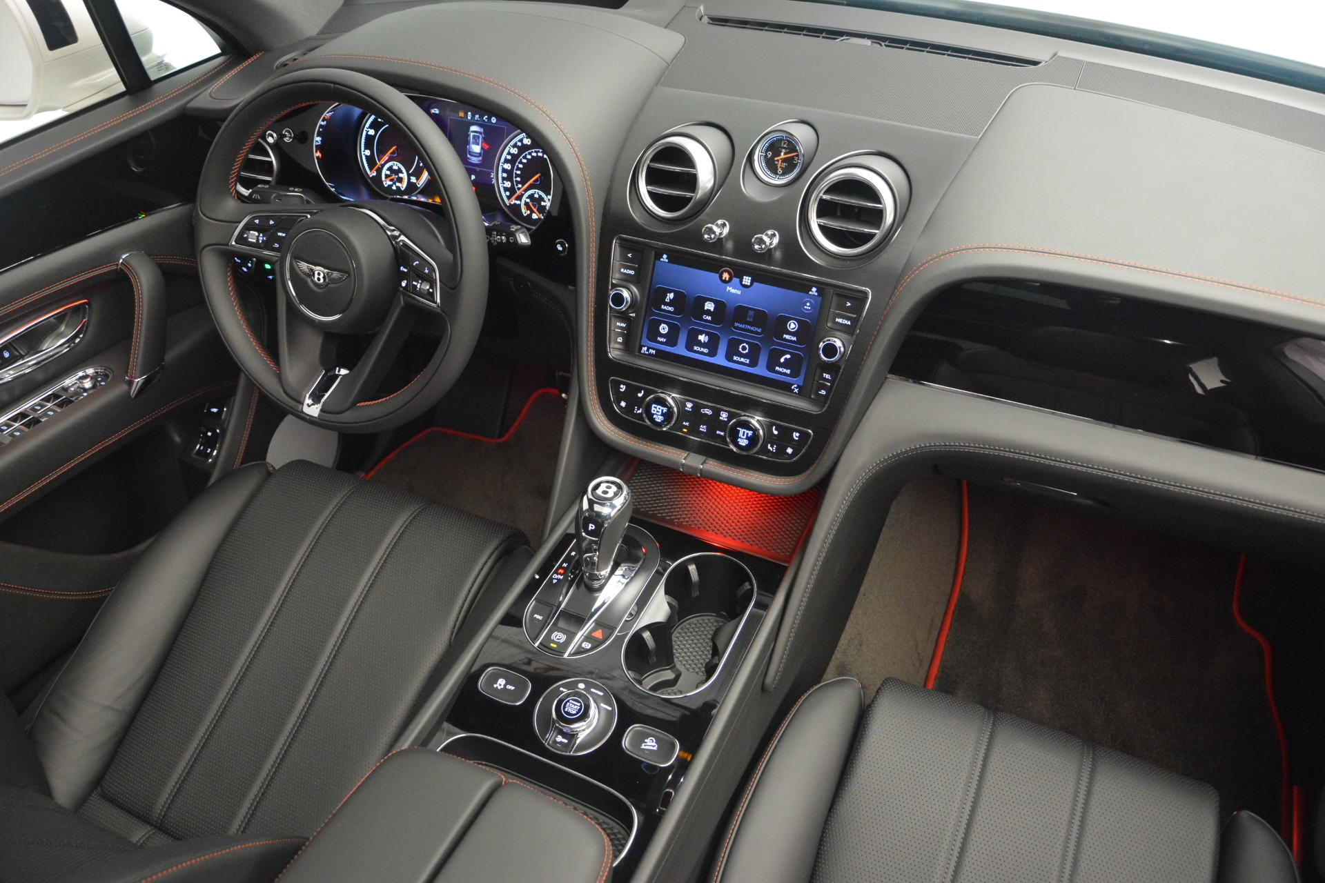 Used 2019 Bentley Bentayga V8 For Sale In Greenwich, CT 2162_p28
