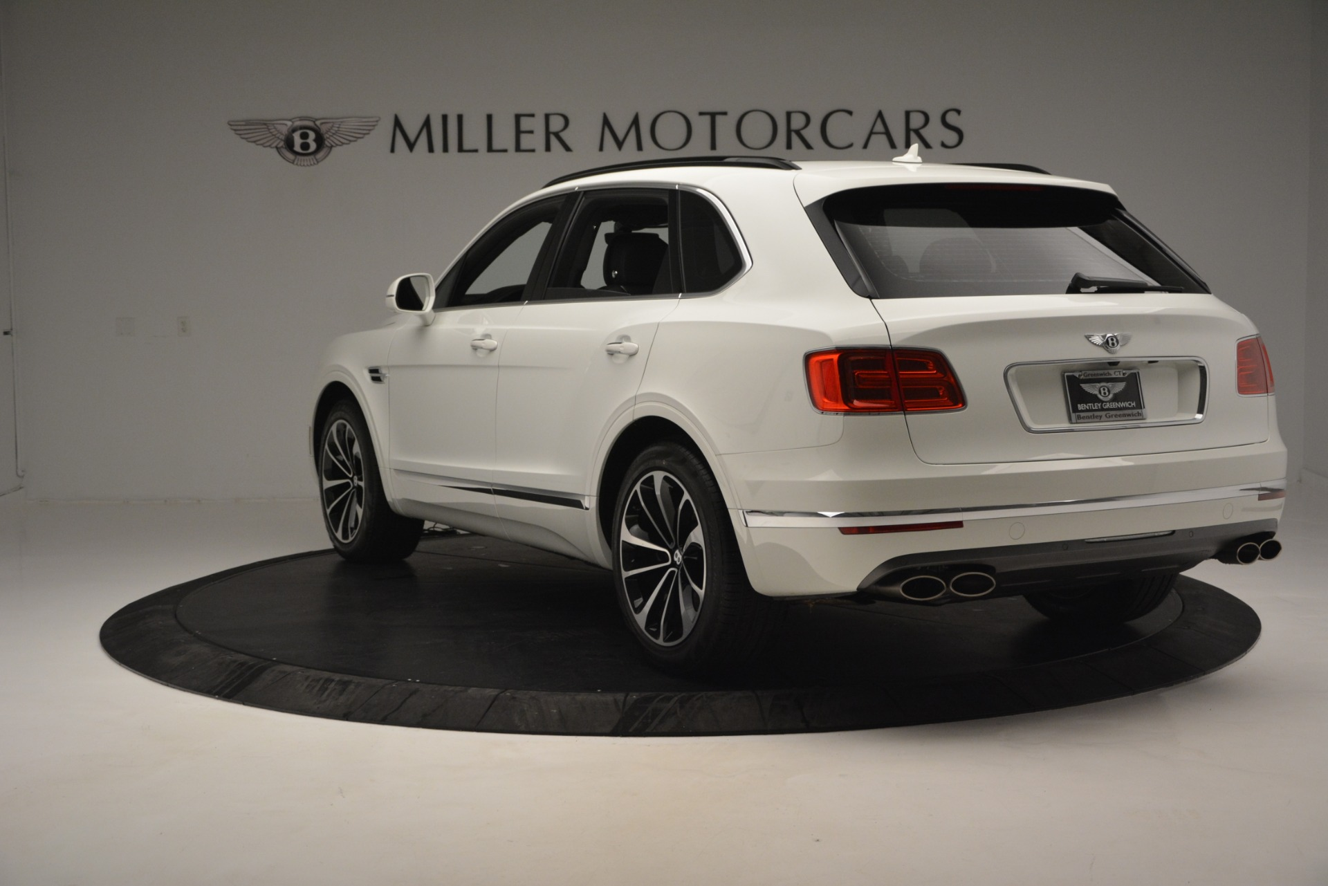 Used 2019 Bentley Bentayga V8 For Sale In Greenwich, CT 2162_p4
