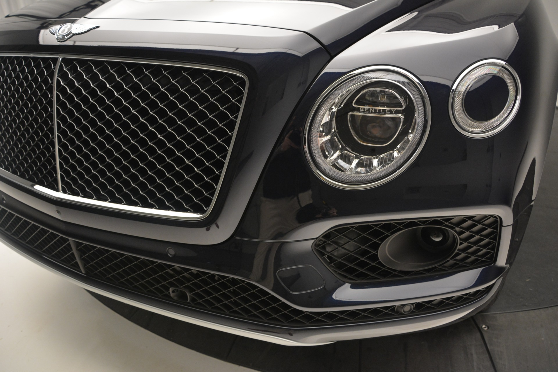 New 2019 Bentley Bentayga V8 For Sale In Greenwich, CT 2163_p14