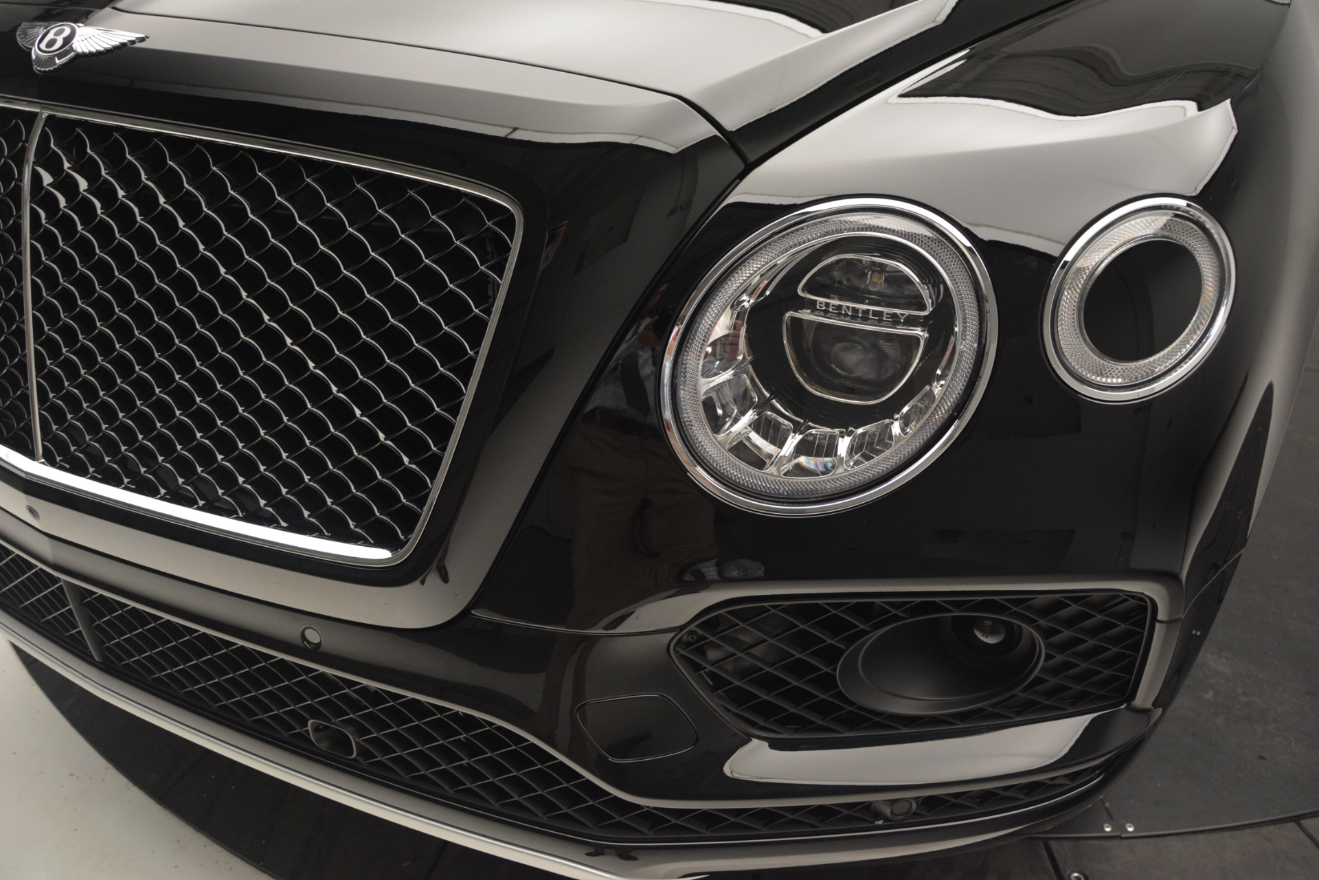 New 2019 Bentley Bentayga V8 For Sale In Greenwich, CT 2164_p14