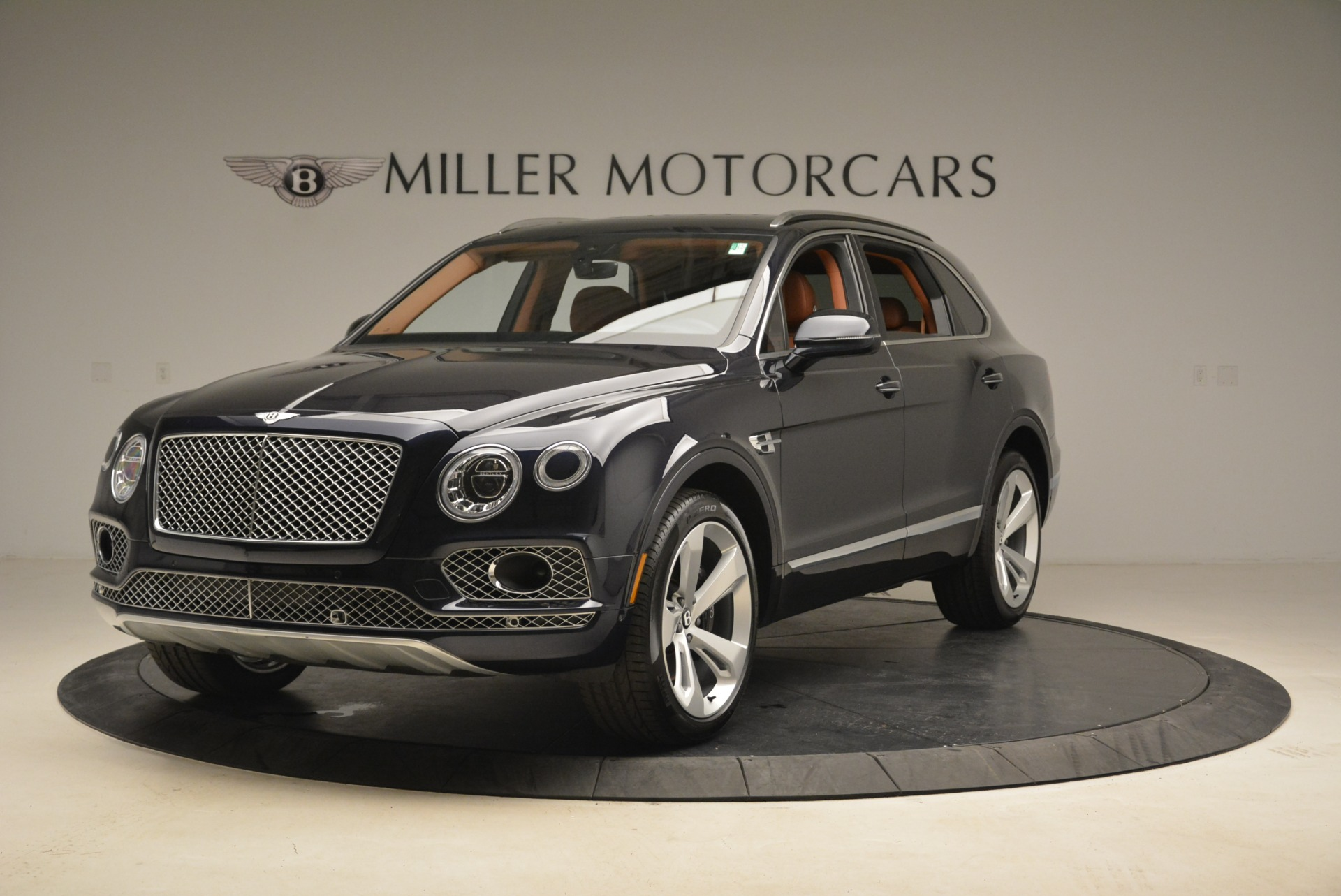 Used 2018 Bentley Bentayga W12 Signature For Sale In Greenwich, CT