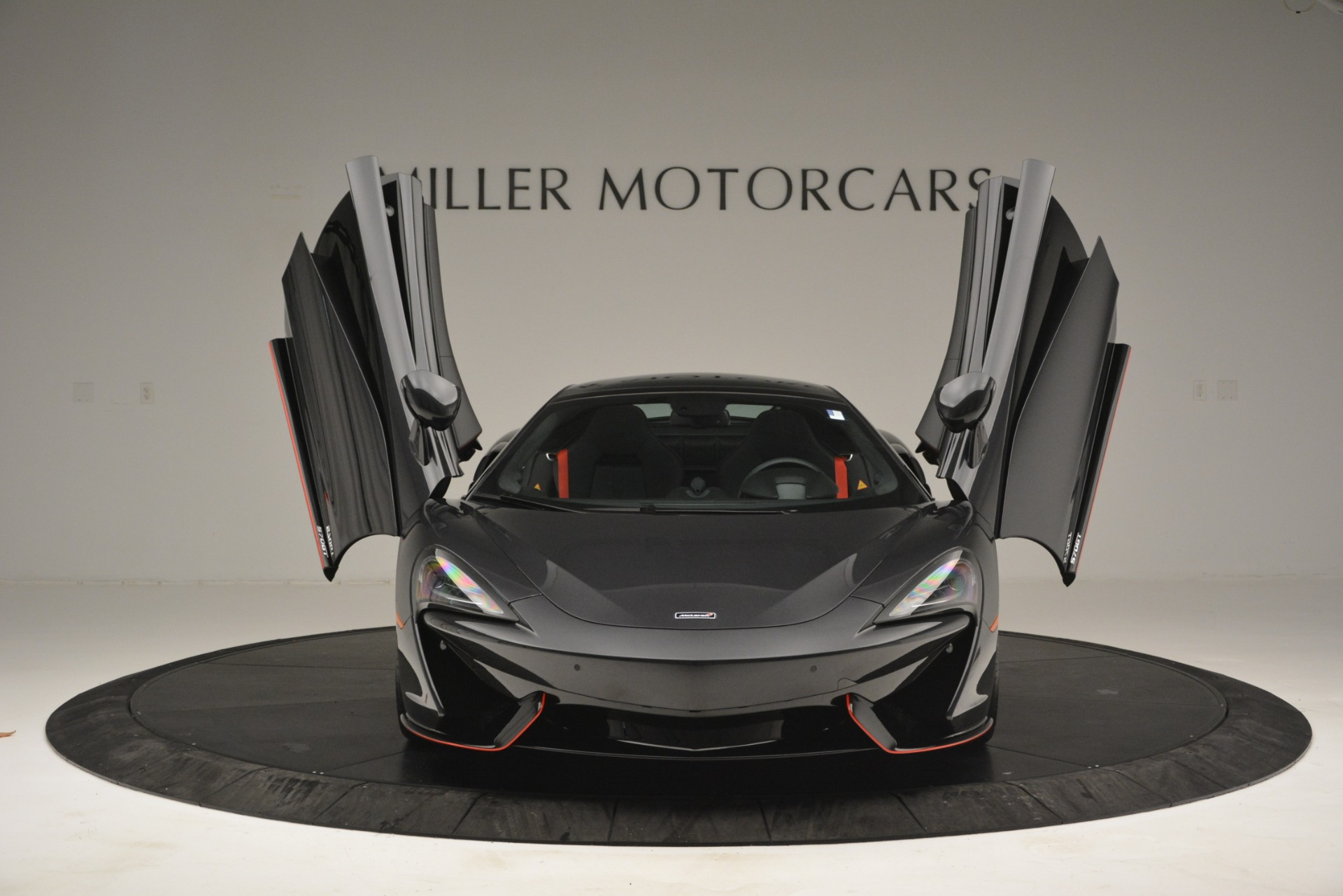 Used 2018 McLaren 570GT  For Sale In Greenwich, CT 2166_p13