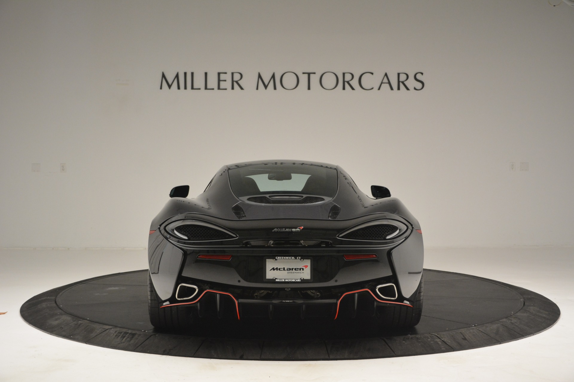 Used 2018 McLaren 570GT  For Sale In Greenwich, CT 2166_p6