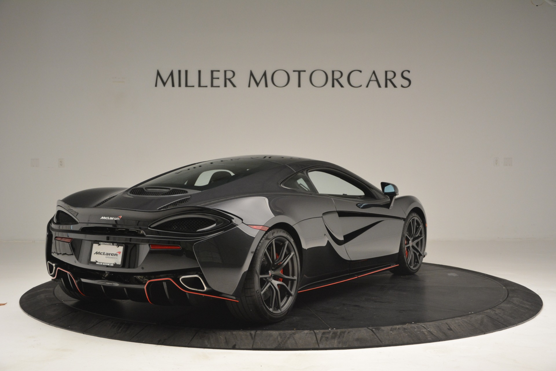 Used 2018 McLaren 570GT  For Sale In Greenwich, CT 2166_p7