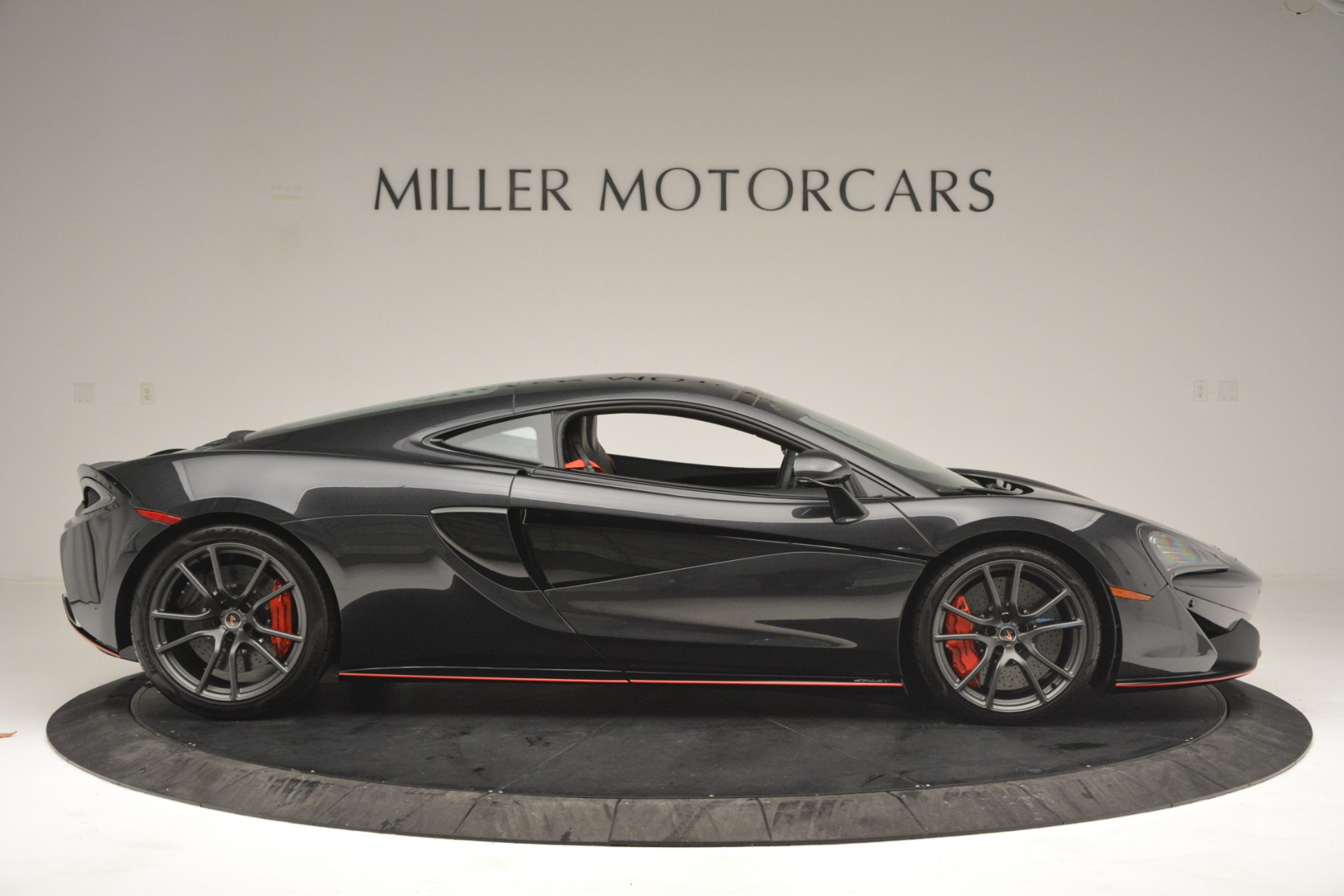 Used 2018 McLaren 570GT  For Sale In Greenwich, CT 2166_p9