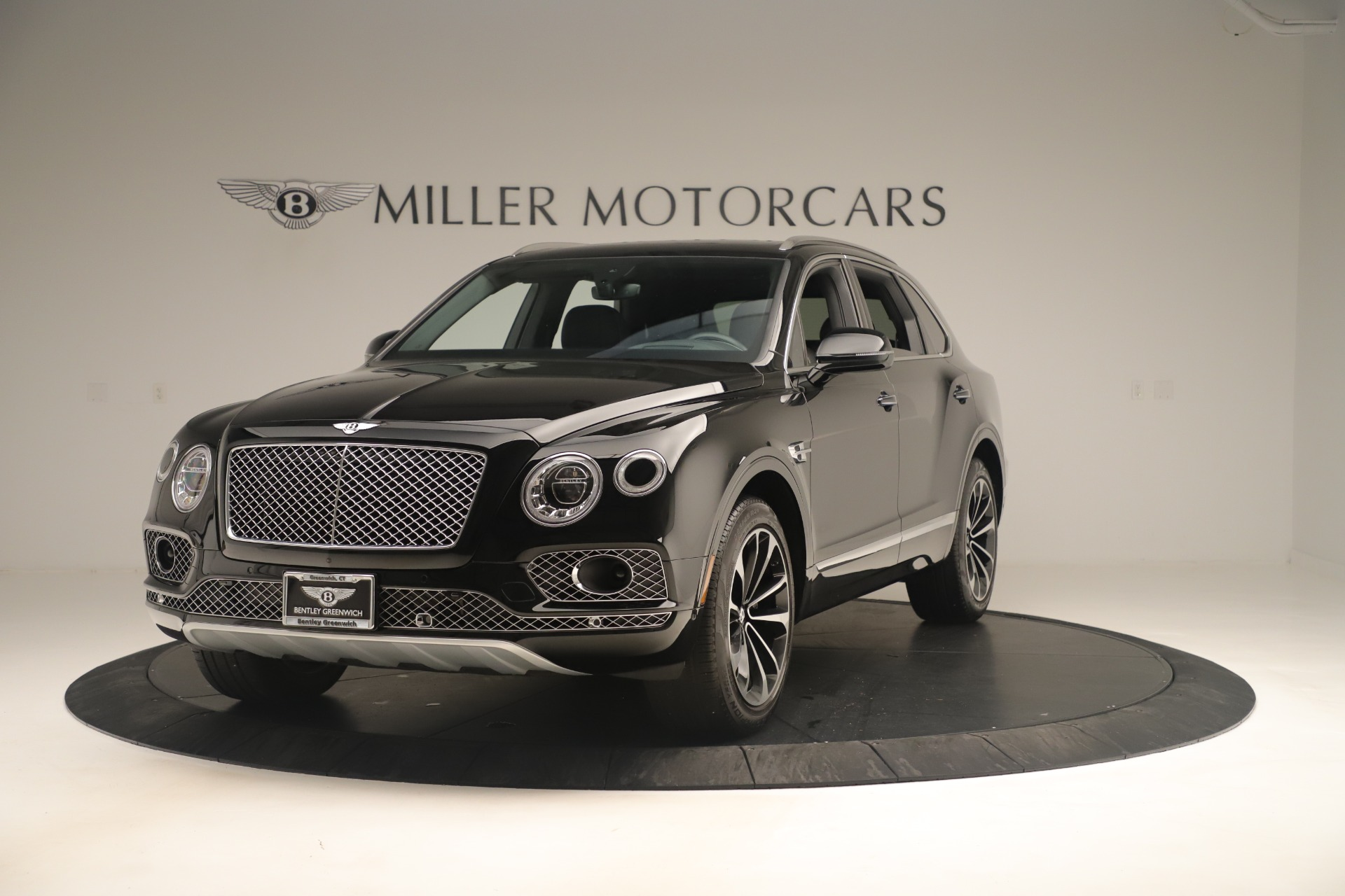 Used 2018 Bentley Bentayga W12 Signature For Sale In Greenwich, CT 2167_main