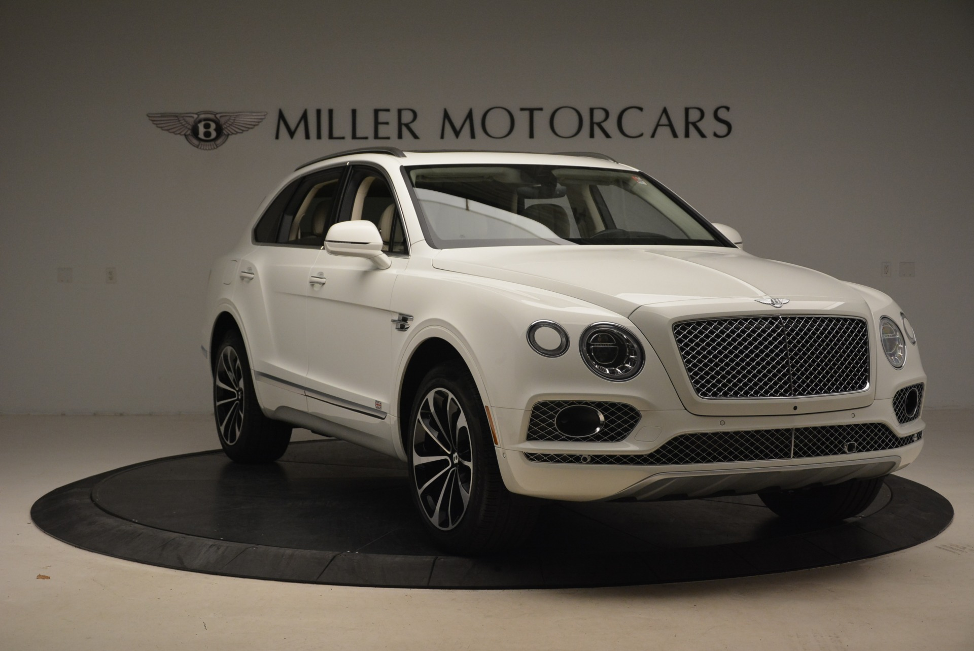 Used 2018 Bentley Bentayga Signature For Sale In Greenwich, CT 2168_p11