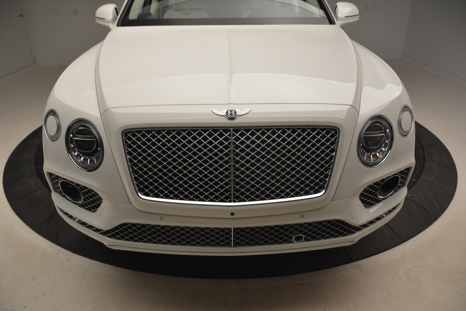 Used 2018 Bentley Bentayga Signature For Sale In Greenwich, CT 2168_p13