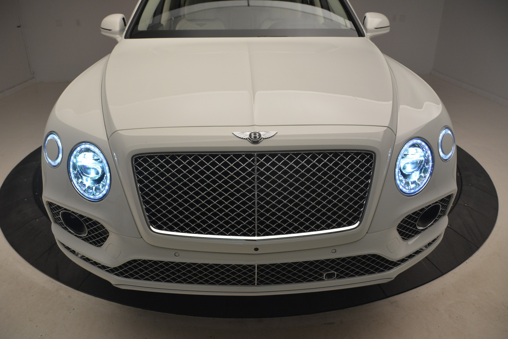 Used 2018 Bentley Bentayga Signature For Sale In Greenwich, CT 2168_p14