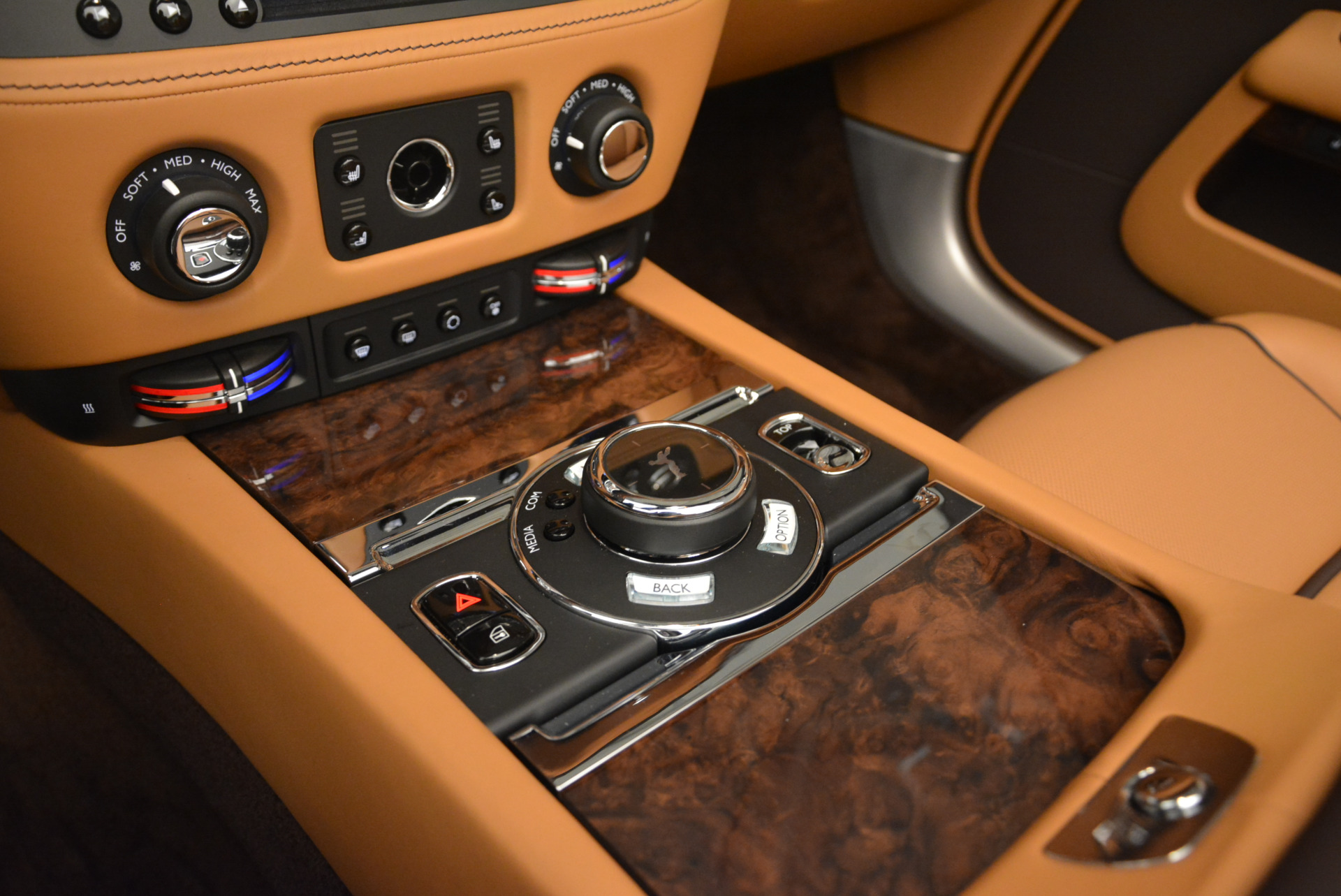 Used 2018 Rolls-Royce Dawn  For Sale In Greenwich, CT 2178_p24