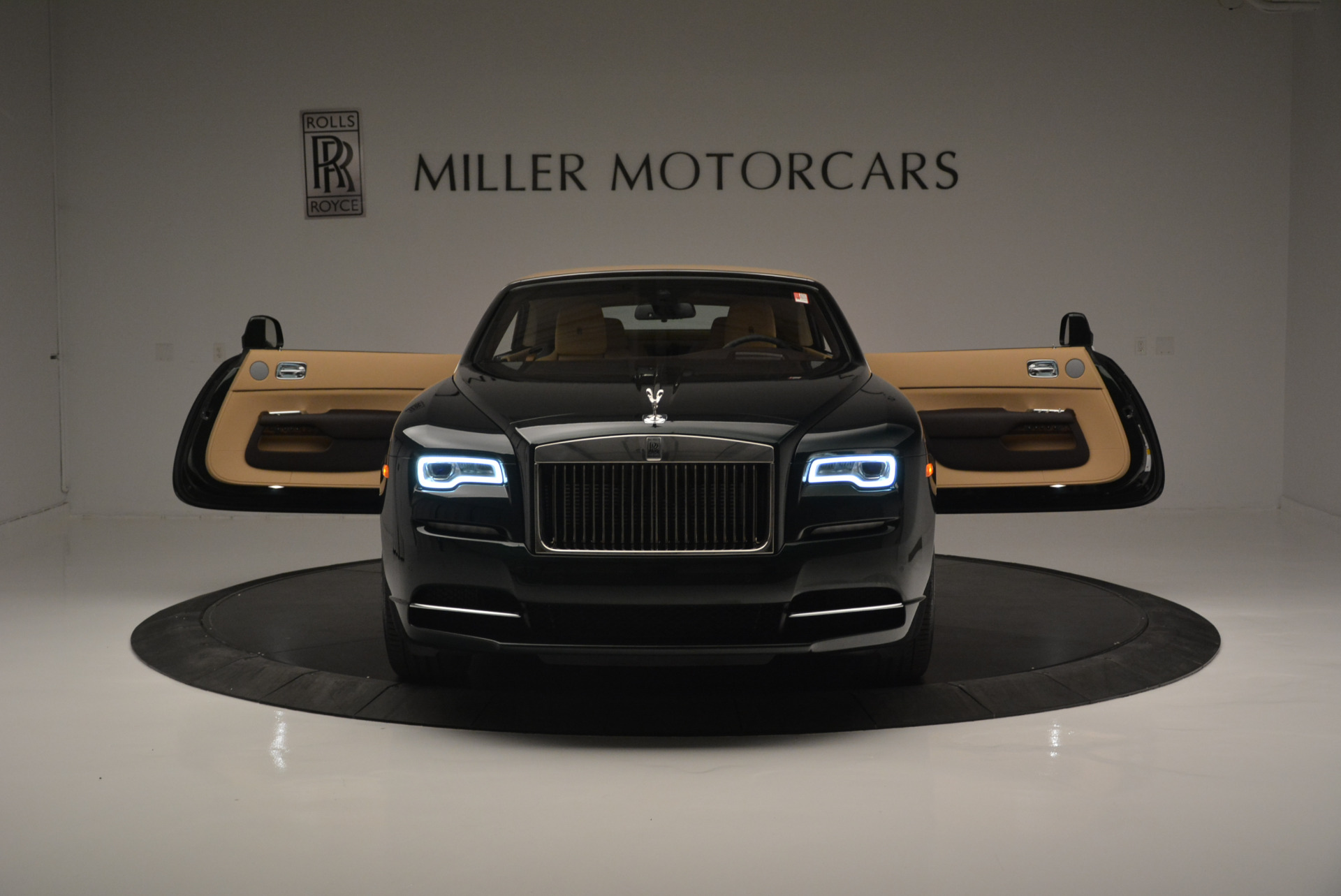 Used 2018 Rolls-Royce Dawn  For Sale In Greenwich, CT 2179_p17
