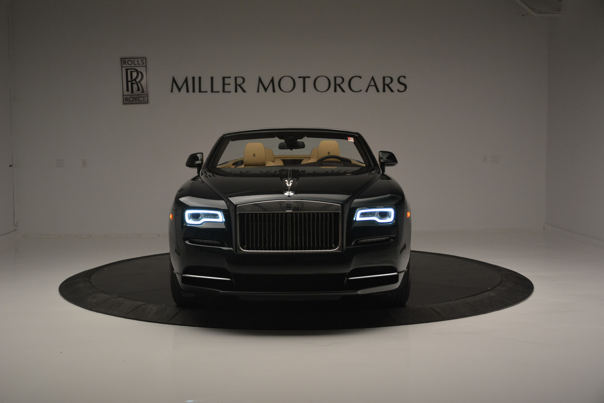 Used 2018 Rolls-Royce Dawn  For Sale In Greenwich, CT 2179_p8