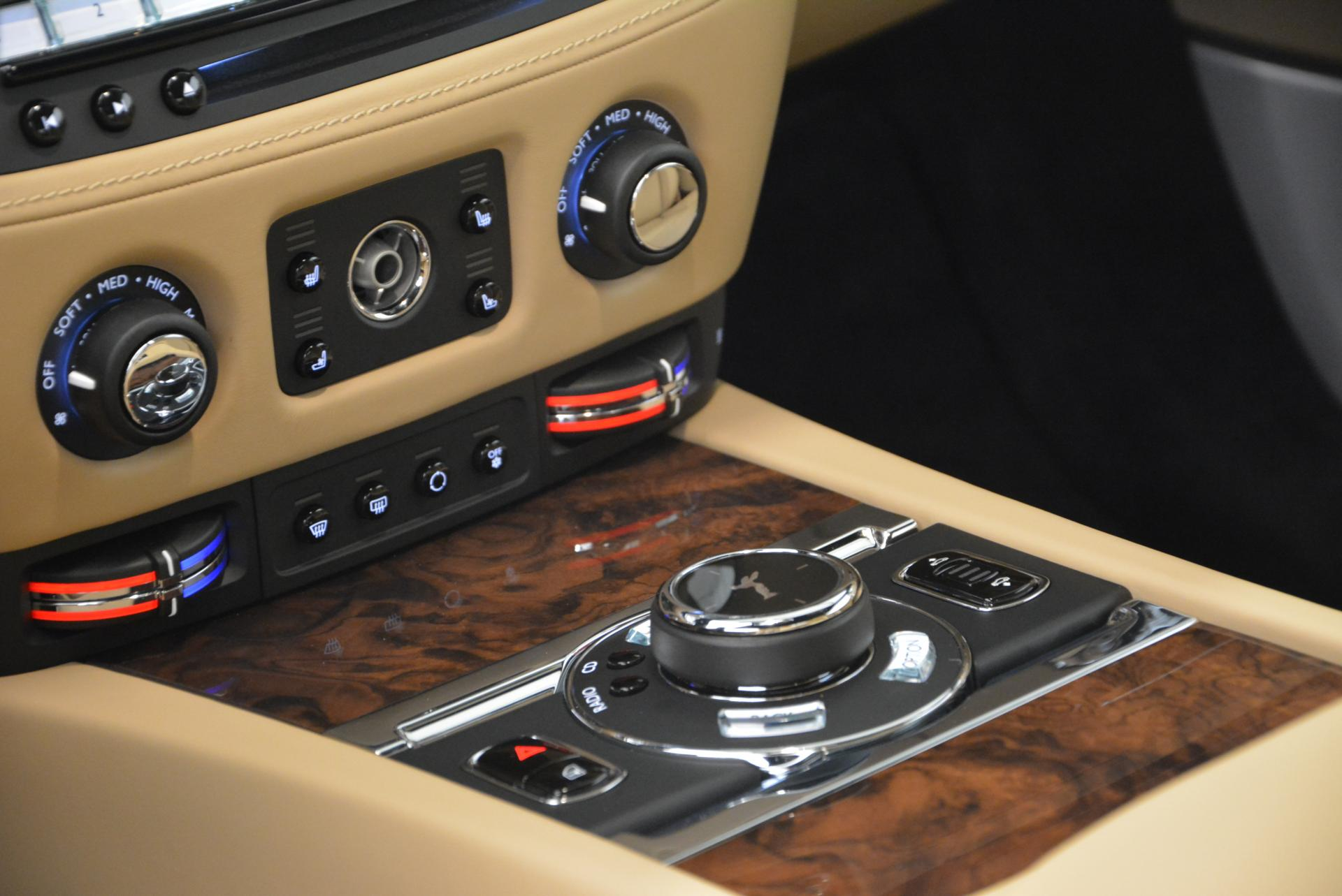 New 2016 Rolls-Royce Wraith  For Sale In Greenwich, CT 218_p24