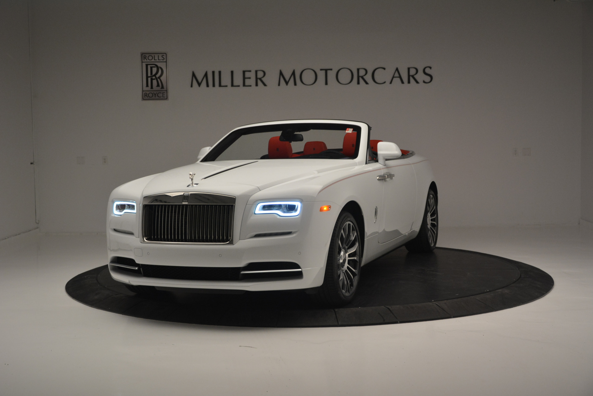 New 2018 Rolls-Royce Dawn  For Sale In Greenwich, CT 2180_main