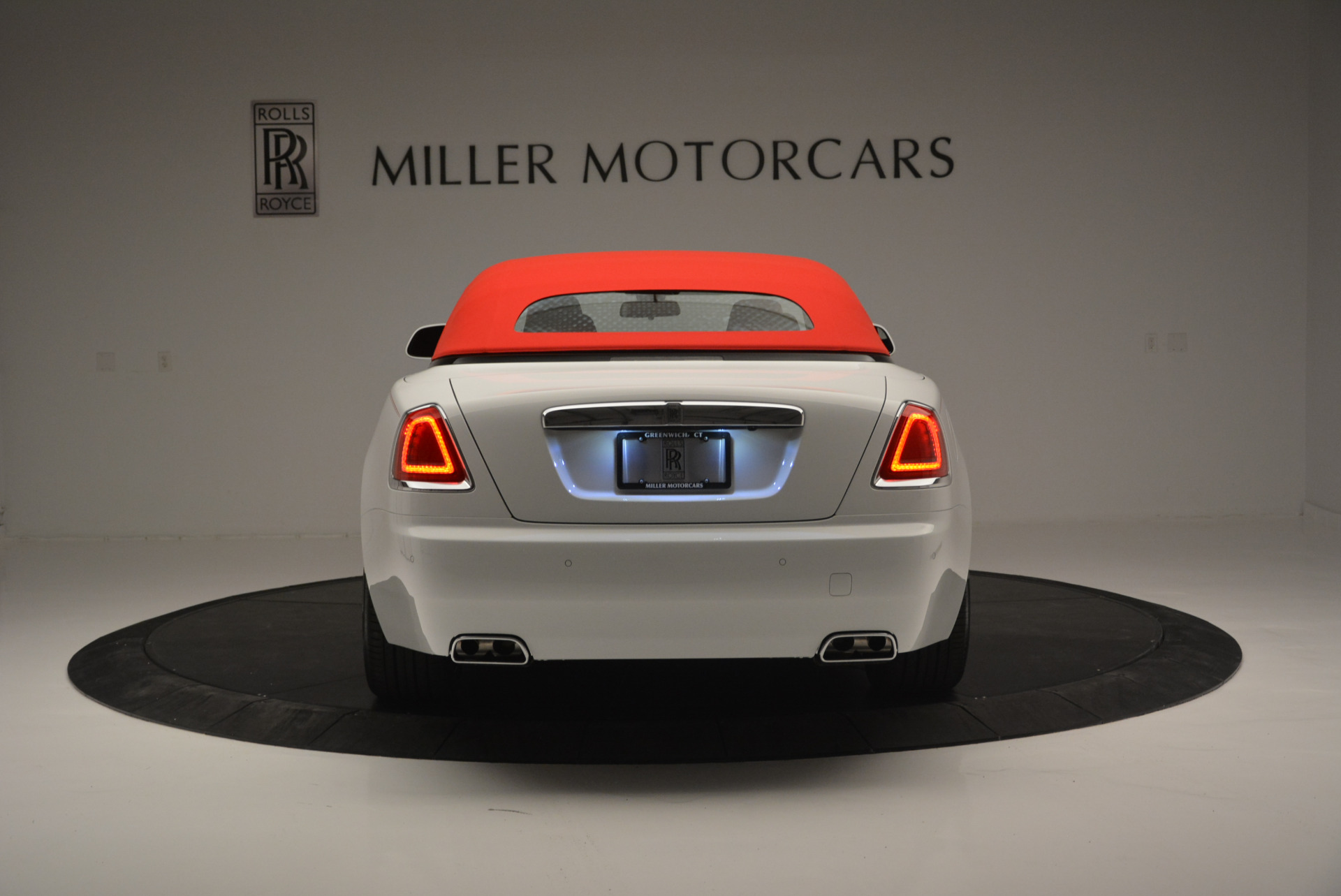 New 2018 Rolls-Royce Dawn  For Sale In Greenwich, CT 2180_p13