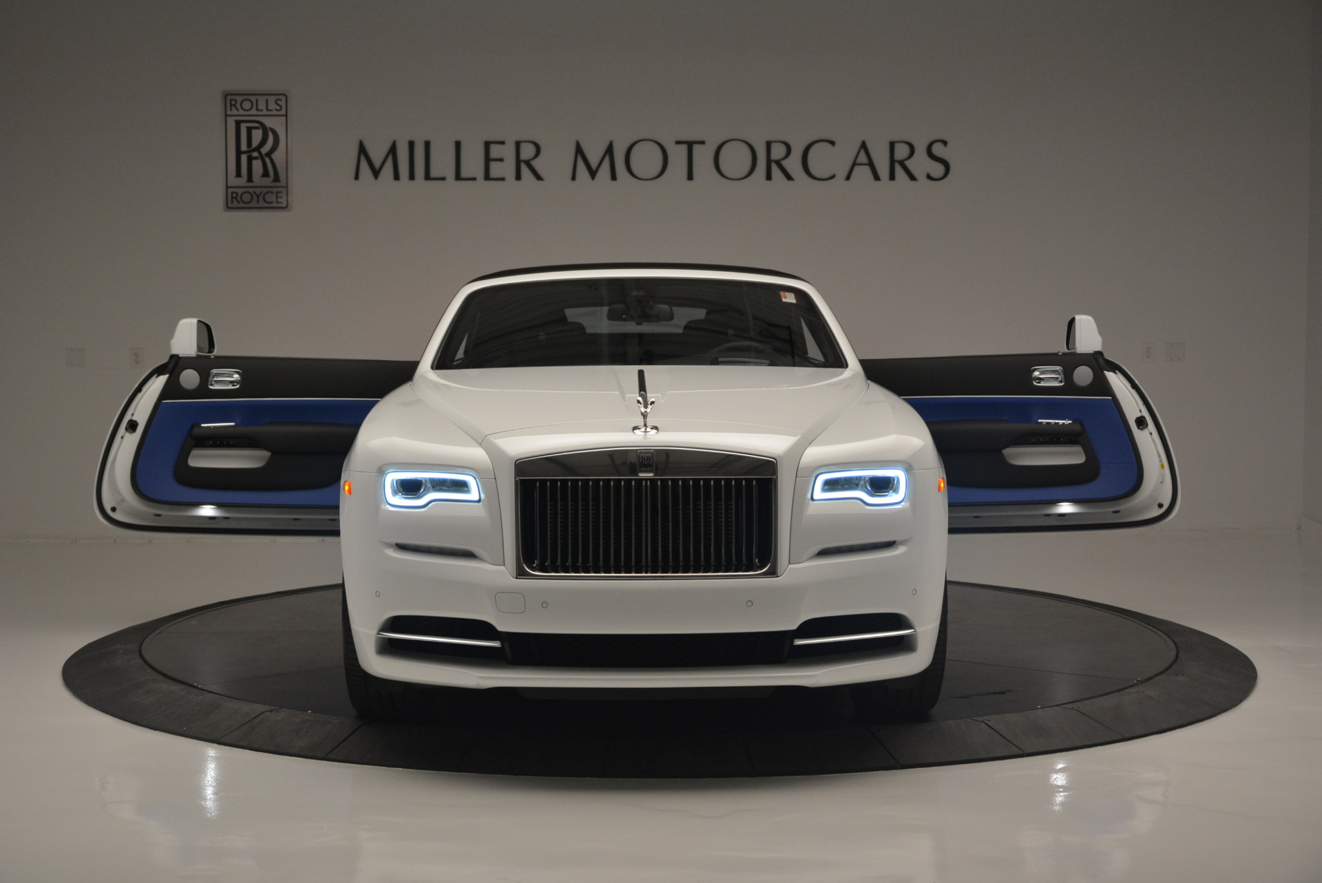 Used 2018 Rolls-Royce Dawn  For Sale In Greenwich, CT 2181_p17