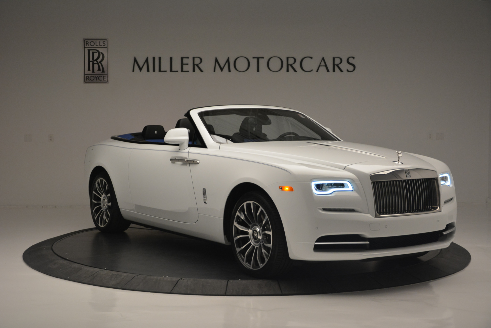 Used 2018 Rolls-Royce Dawn  For Sale In Greenwich, CT 2181_p7