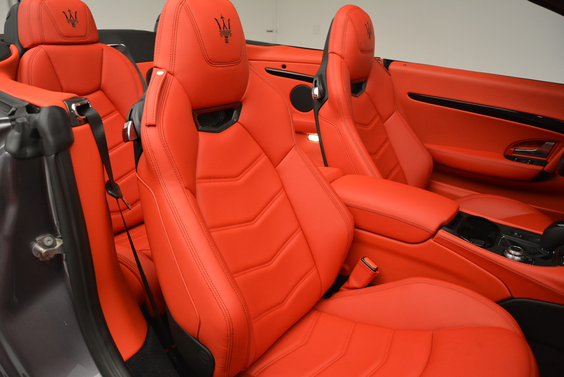 New 2018 Maserati GranTurismo Sport Convertible For Sale In Greenwich, CT 2182_p34