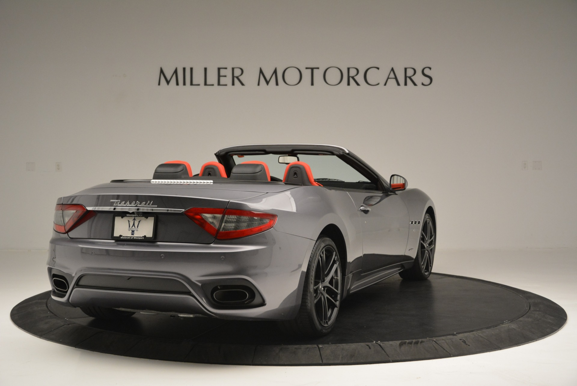 New 2018 Maserati GranTurismo Sport Convertible For Sale In Greenwich, CT 2182_p7