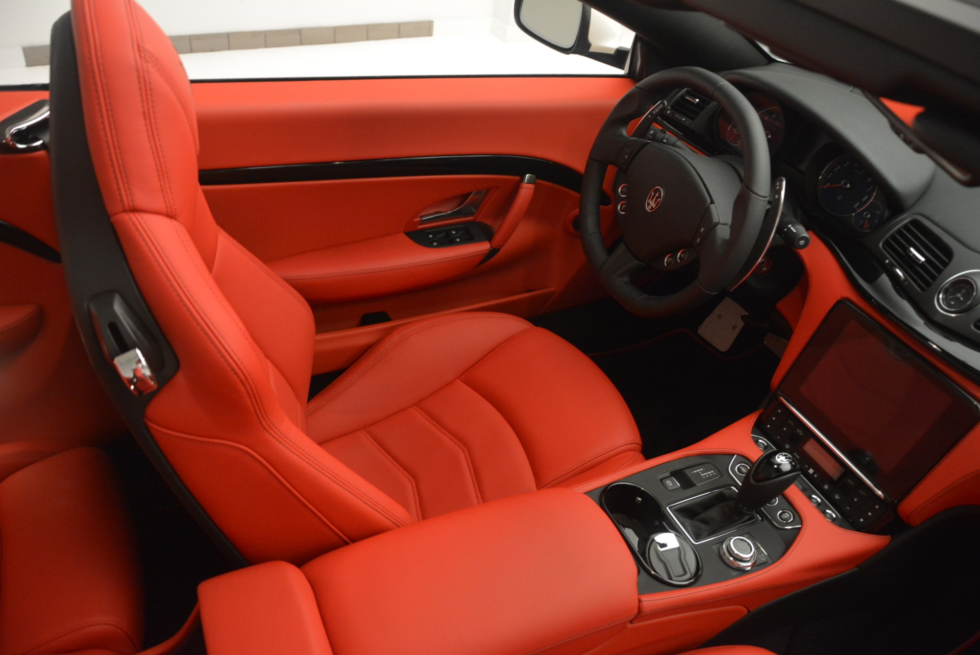 New 2018 Maserati GranTurismo Sport For Sale In Greenwich, CT 2187_p24