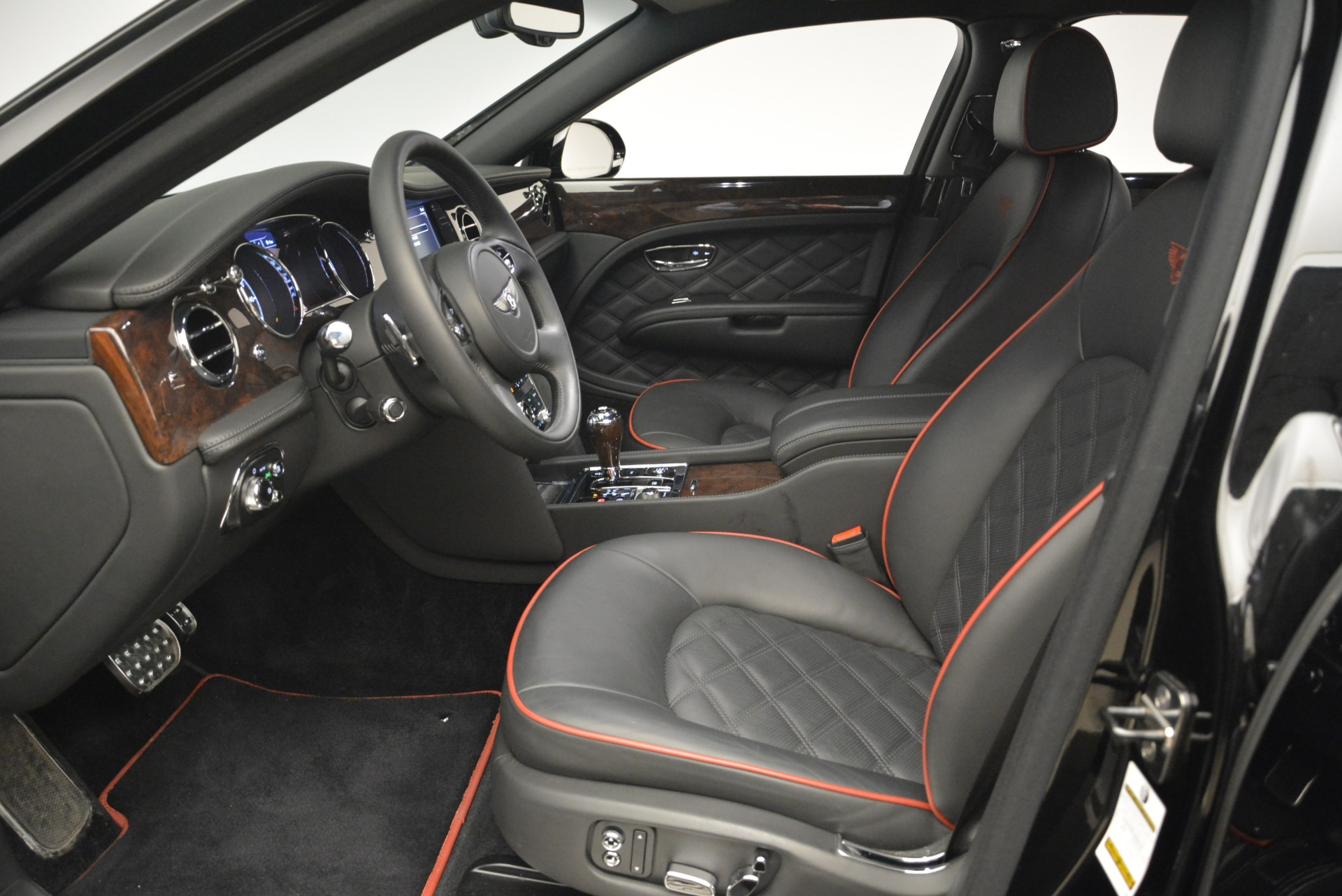Used 2016 Bentley Mulsanne  For Sale In Greenwich, CT 2189_p19